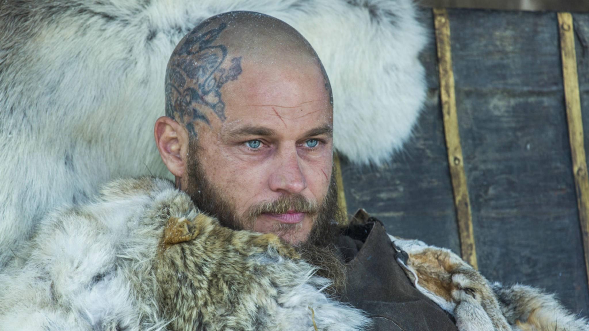 """Sehnsucht nach Ragnar? Wir haben sieben Serien, die Dir über den """"Vikings""""-Entzug hinweghelfen."""