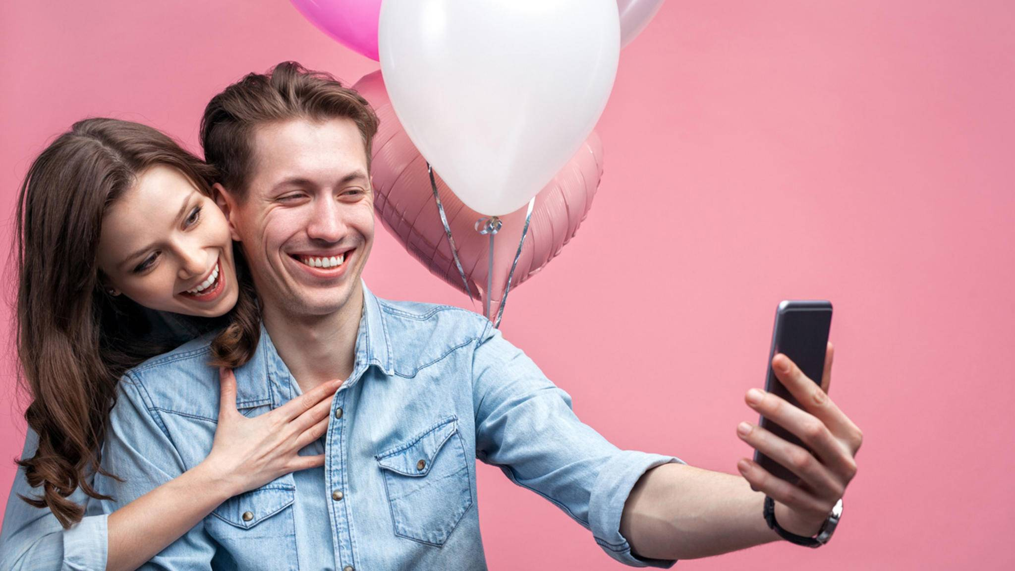 """""""Wie schön, dass Du geboren bist ..."""" – Auch per WhatsApp machen Geburtstagsgrüße Freude!"""