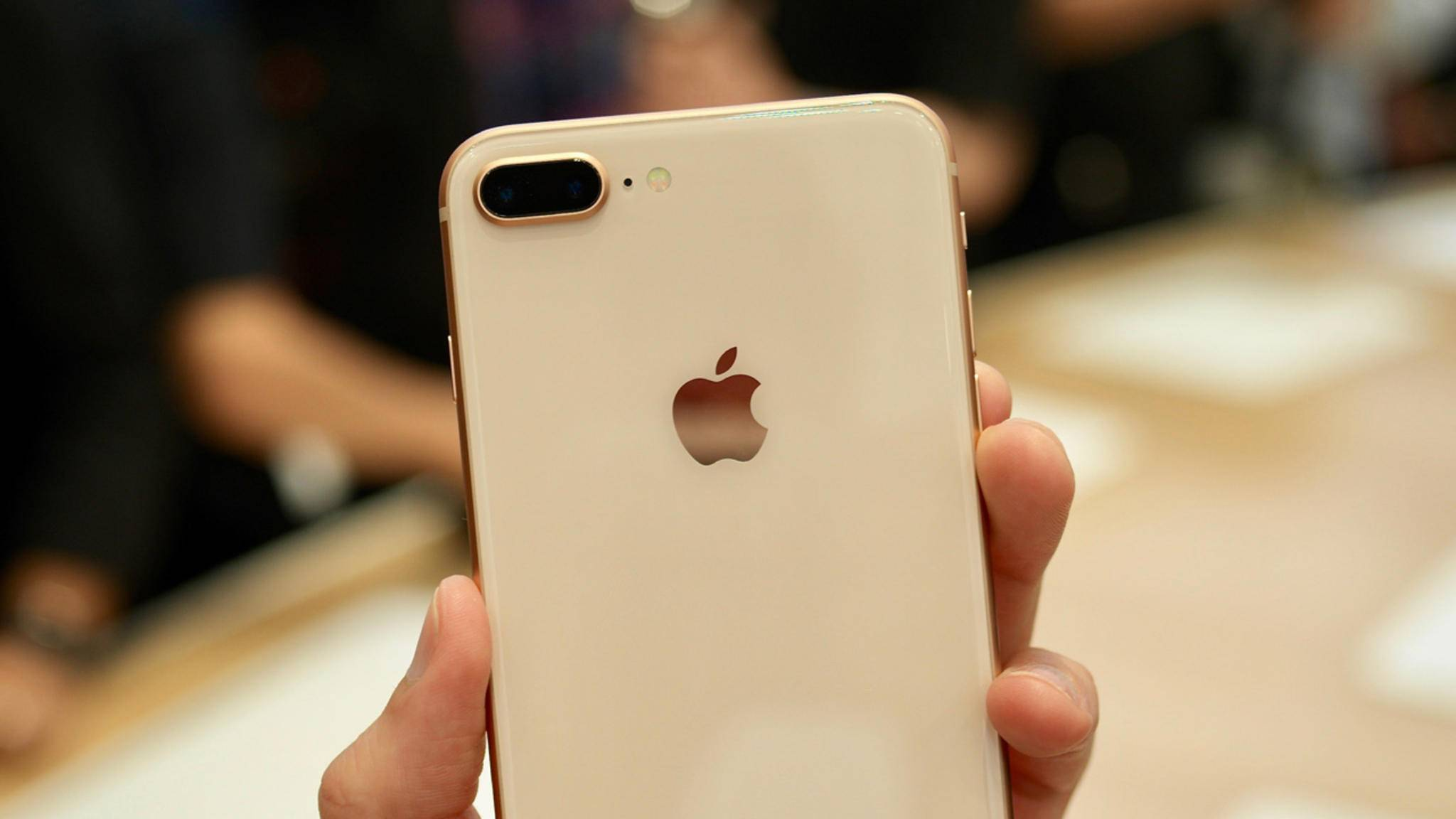 Das iPhone 8 Plus hält an der horizontalen Anordnung der Kameralinsen fest.