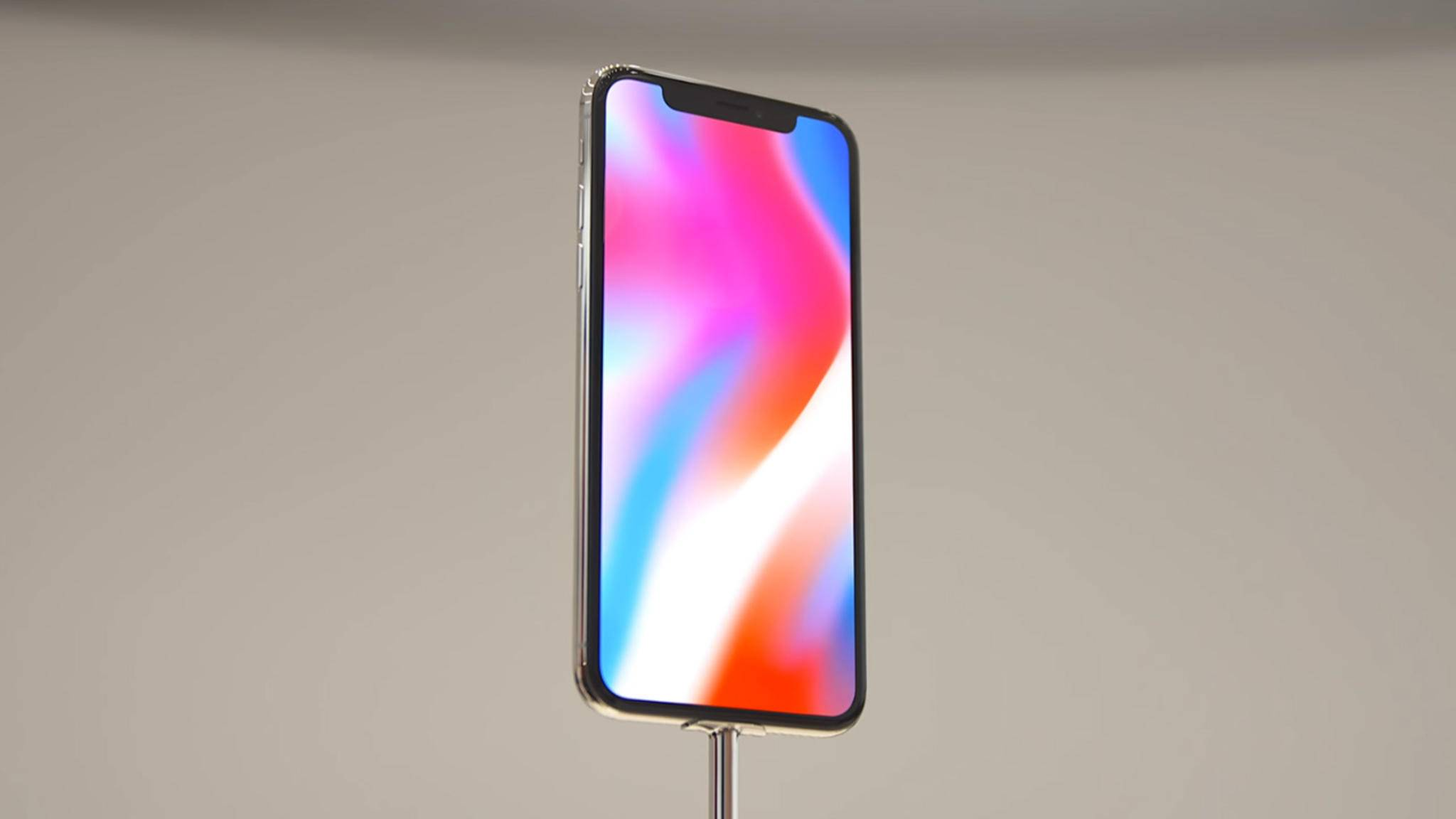 Das iPhone X hat ein nahezu randloses Display.
