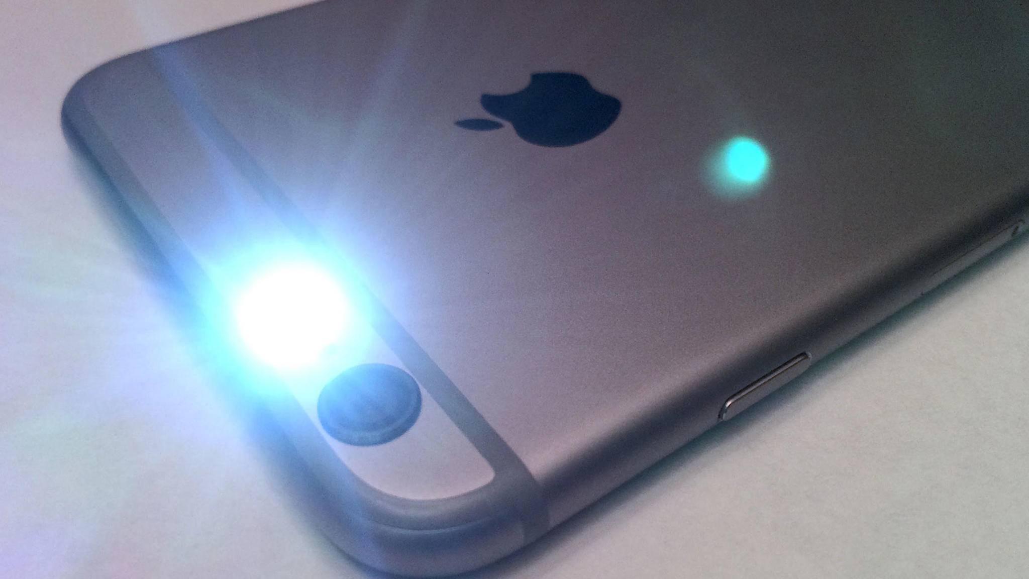 Was Du tun kannst, wenn die iPhone-Taschenlampe nicht ausgehen will, verraten wir in der folgenden Anleitung.