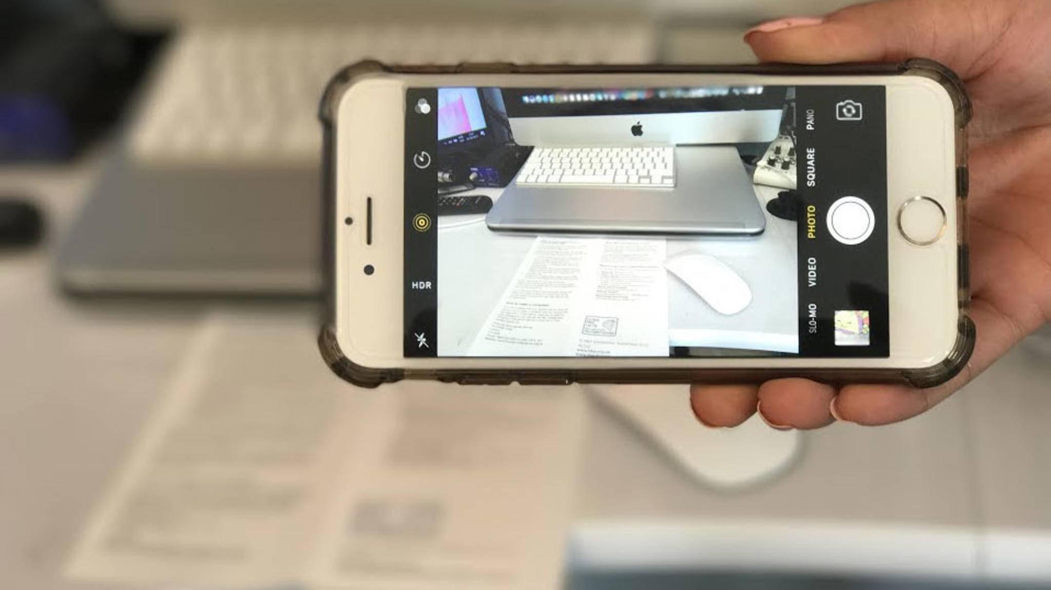 Mit iOS kannst Du mit der Notizen-App Dokumente mühelos Dokumente scannen.