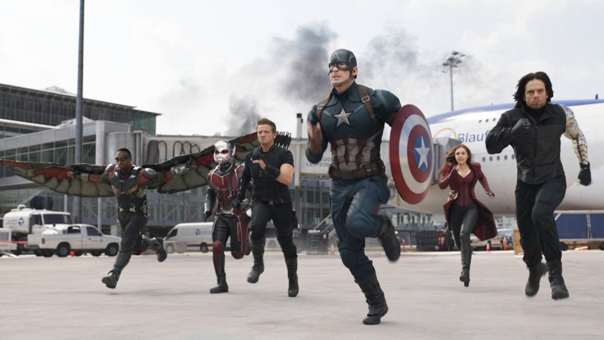 "In den ""Avengers""-Filmen spielt Anthony Mackie den Helden Falcon (ganz links). Im wahren Leben gibt er lieber den Unruhestifter."