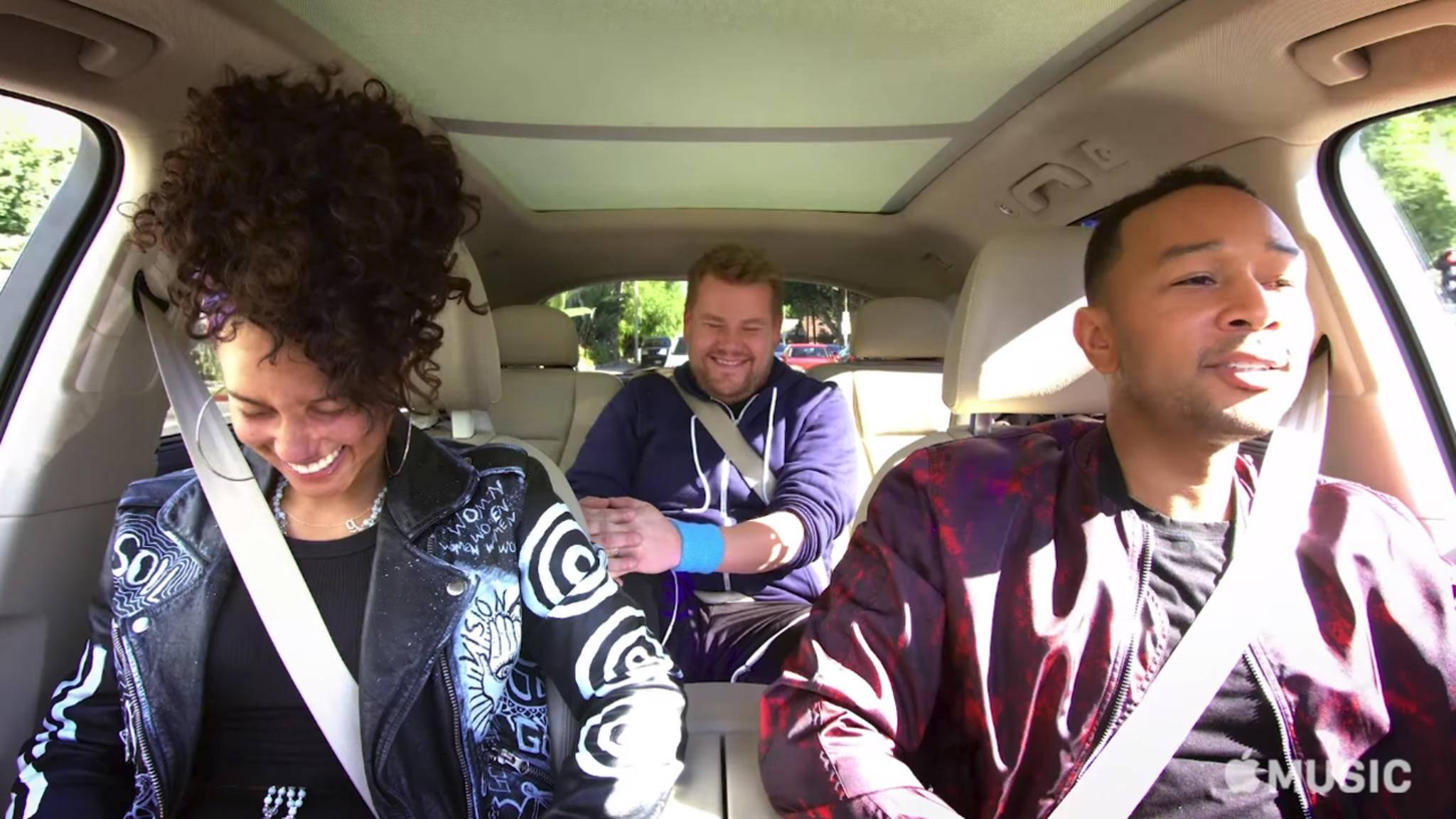 """In der Late Late Show von James Corden war """"Carpool Karaoke"""" immer ein Highlight. Als Exklusivtitel bei Apple läuft das Format weniger gut."""