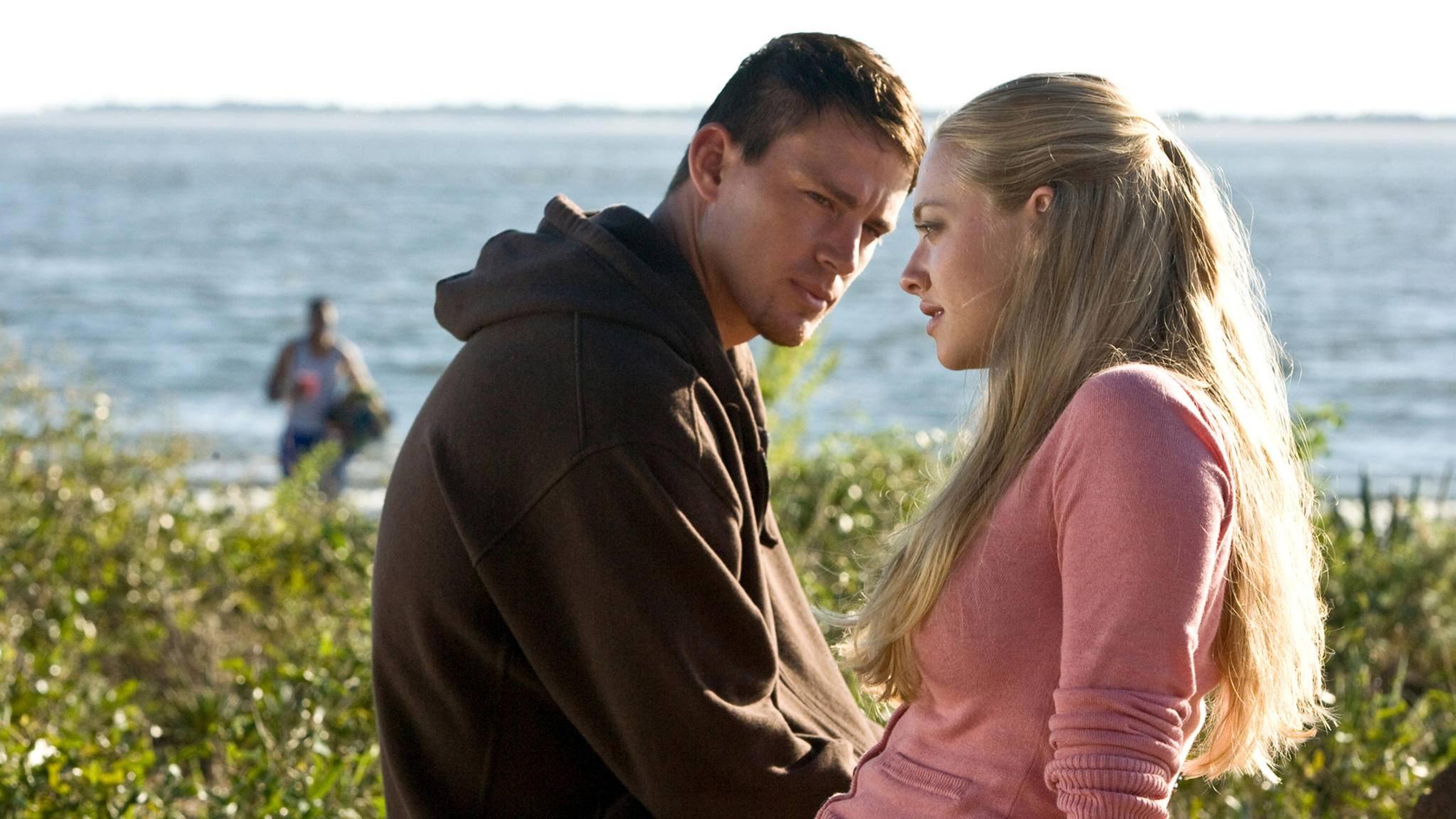 Schöne Menschen verlieben sich in schöner Kulisse: Das muss ein Nicholas-Sparks-Film sein.