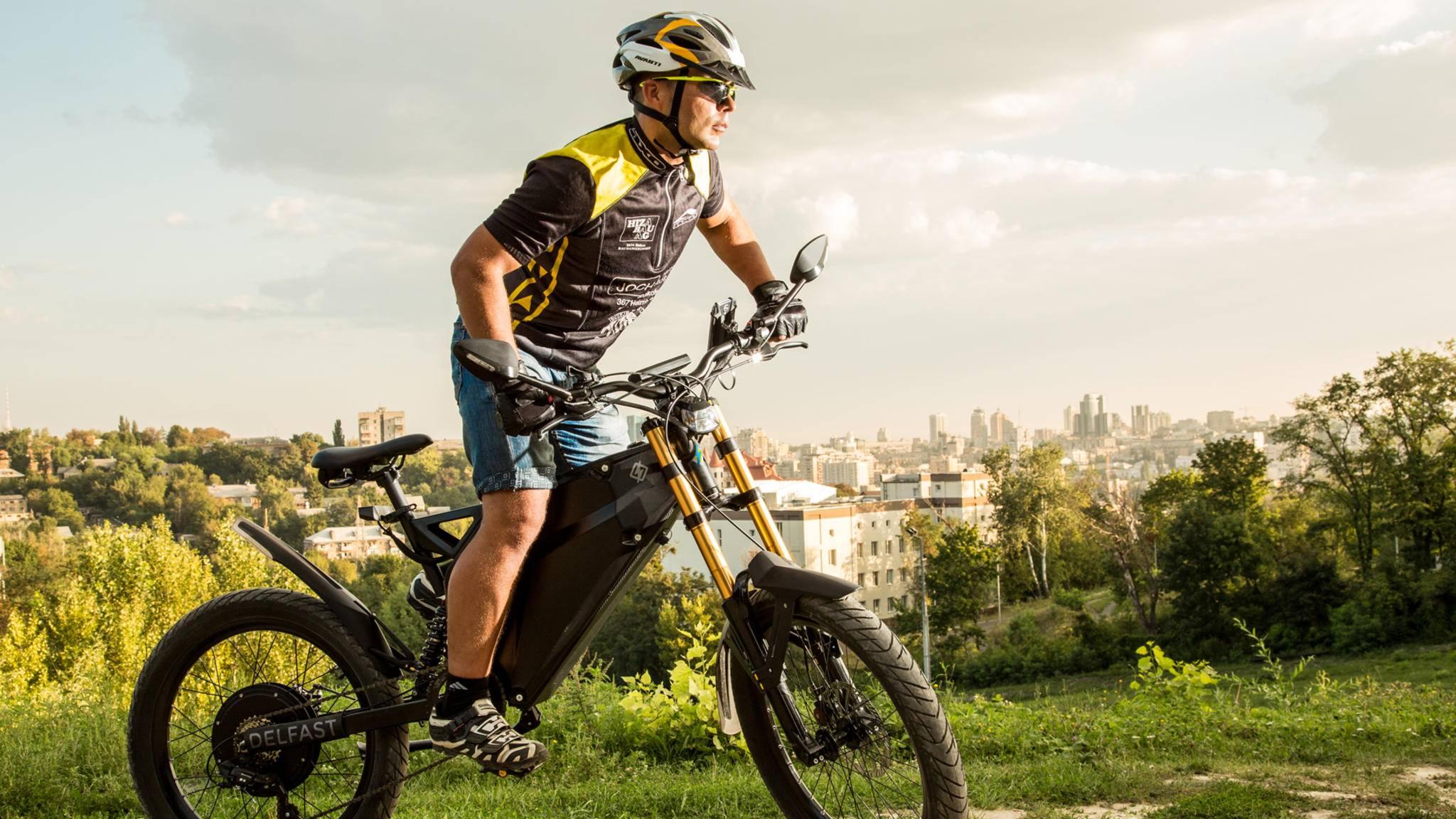 Langstrecken sind für das E-Bike Delfast kein Problem.