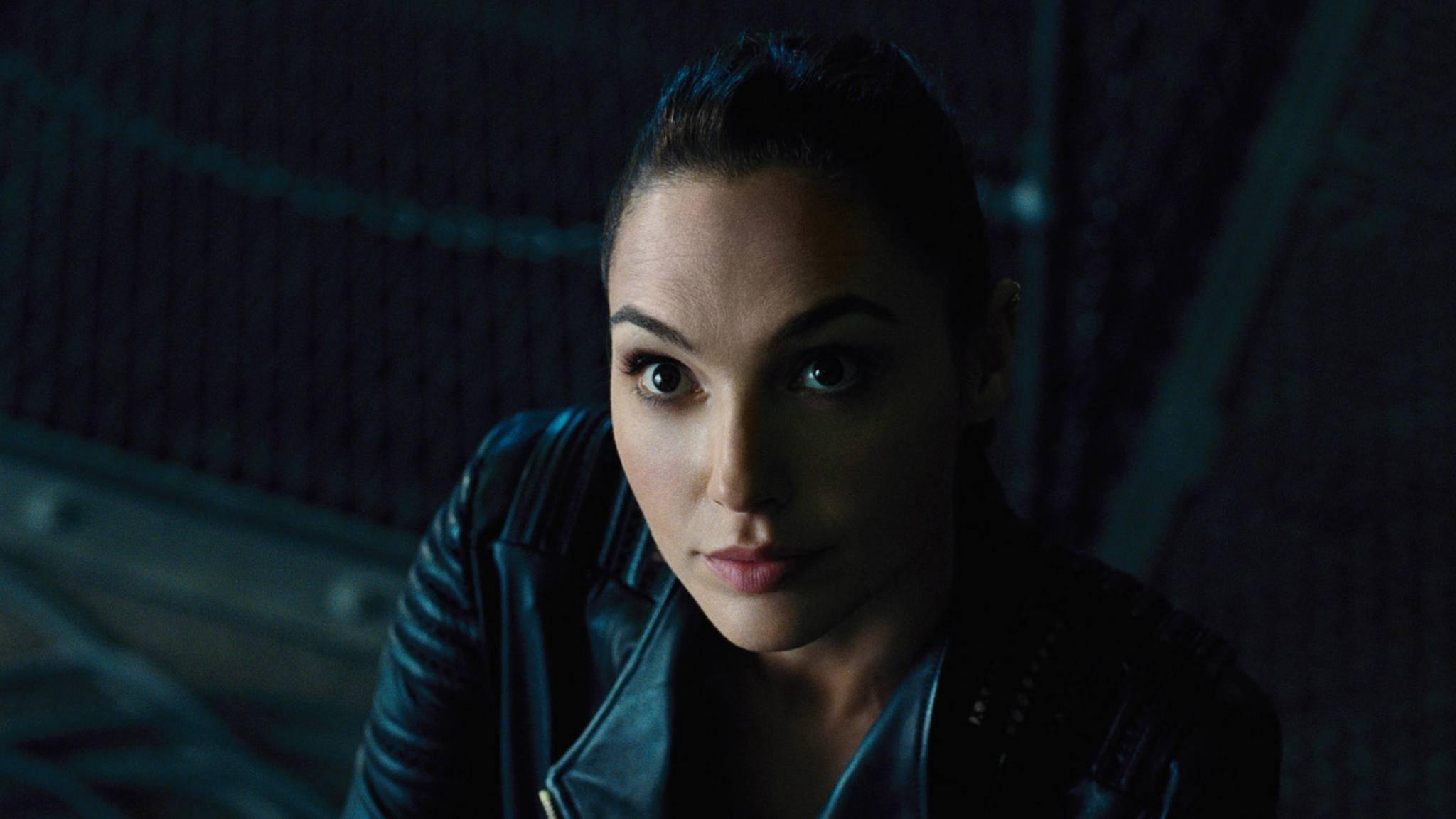 Wonder Woman kommt in ihrem dritten Solofilm in der Gegenwart an.