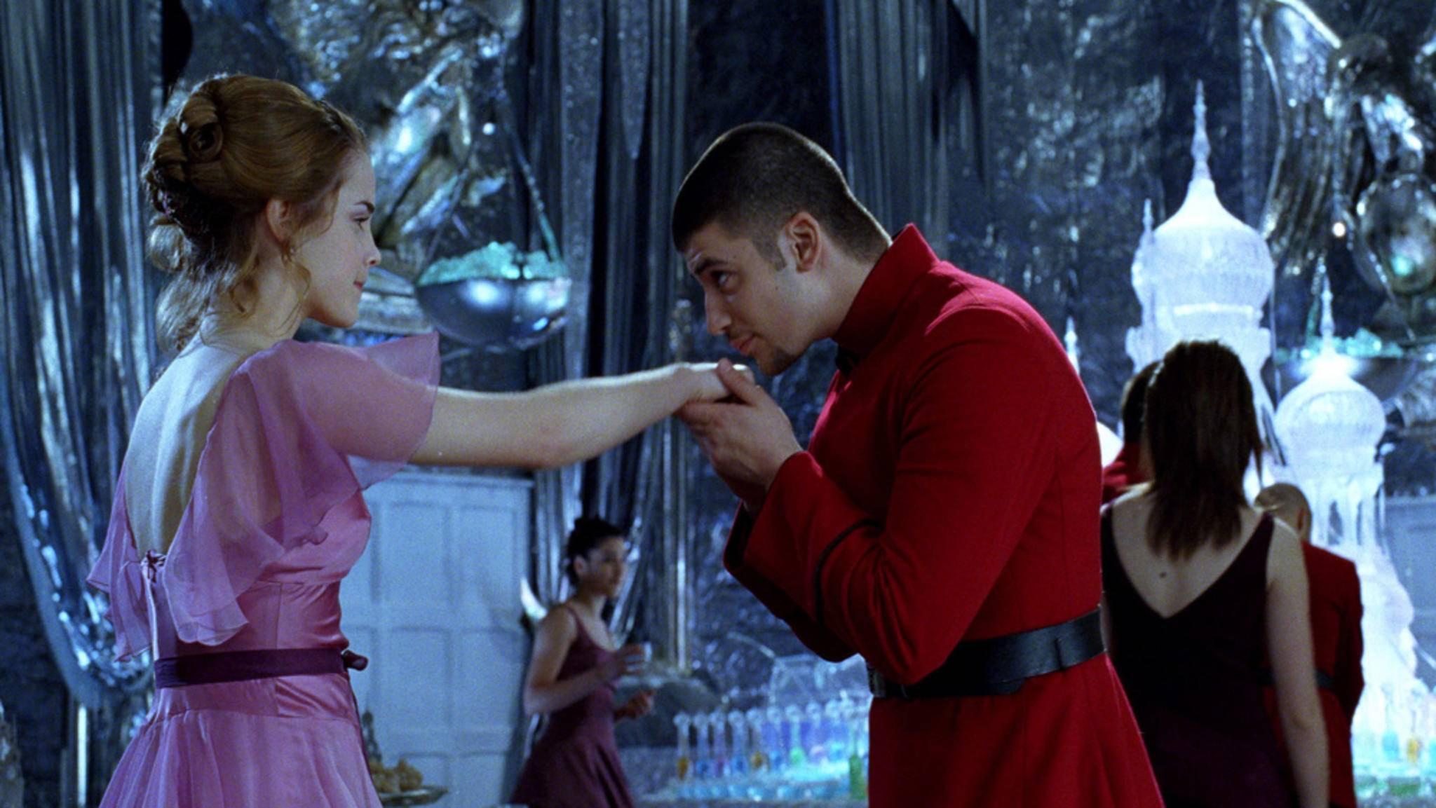 """Beim """"Harry Potter""""-Weihnachtsball dürfen Fans natürlich auch das Tanzbein schwingen."""