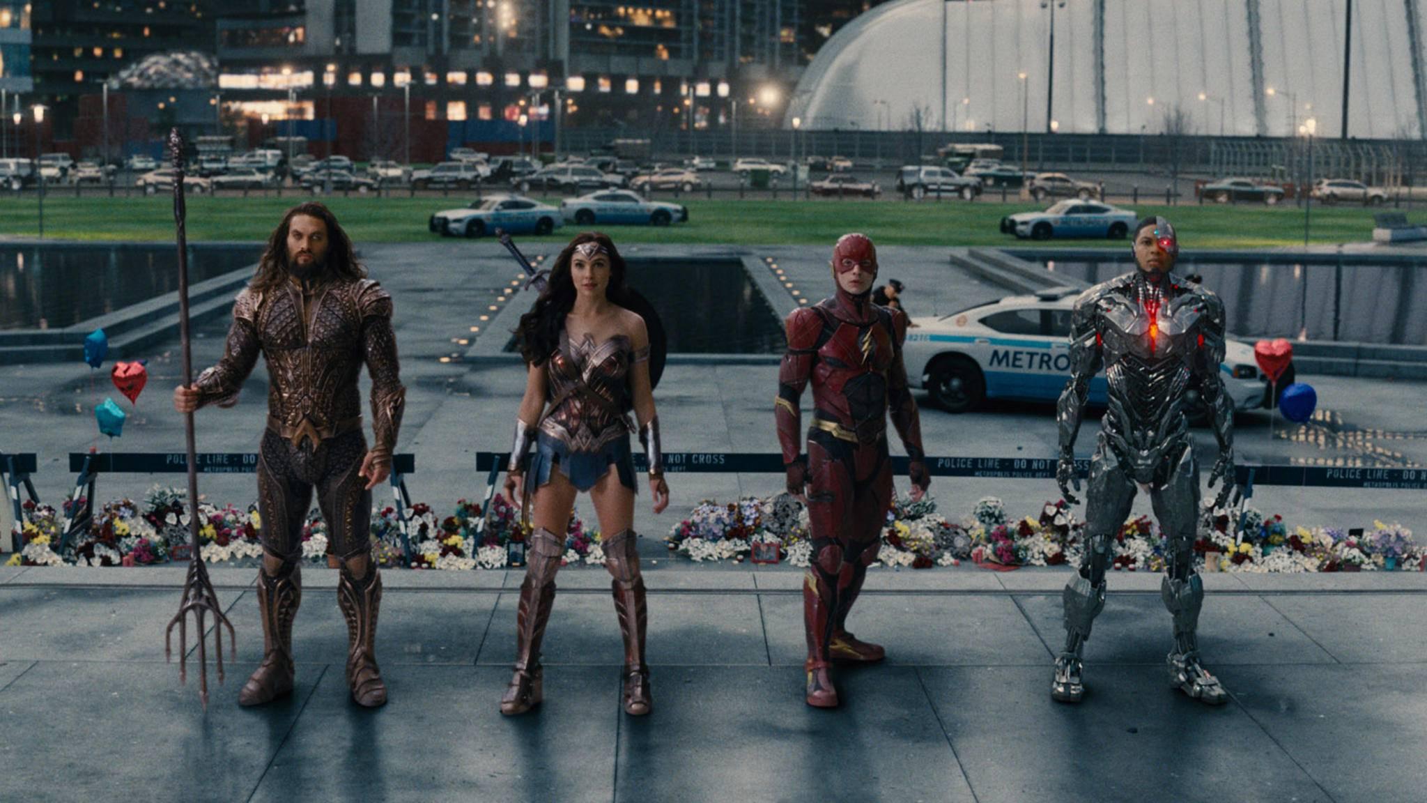 DCs Gerechtigkeitsliga rettet die Welt offenbar im Eiltempo.