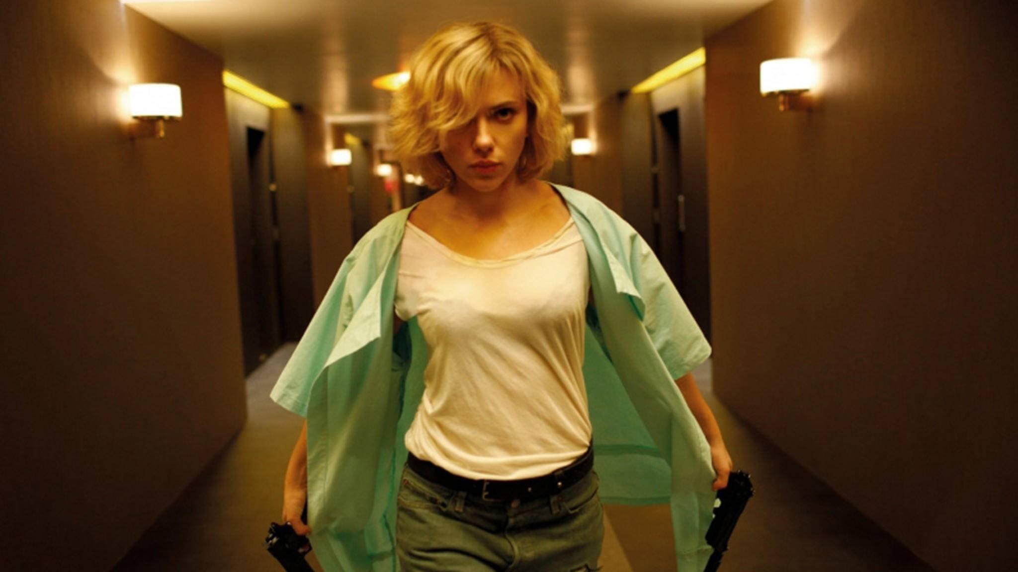 Action-Heldin Lucy kehrt zurück.