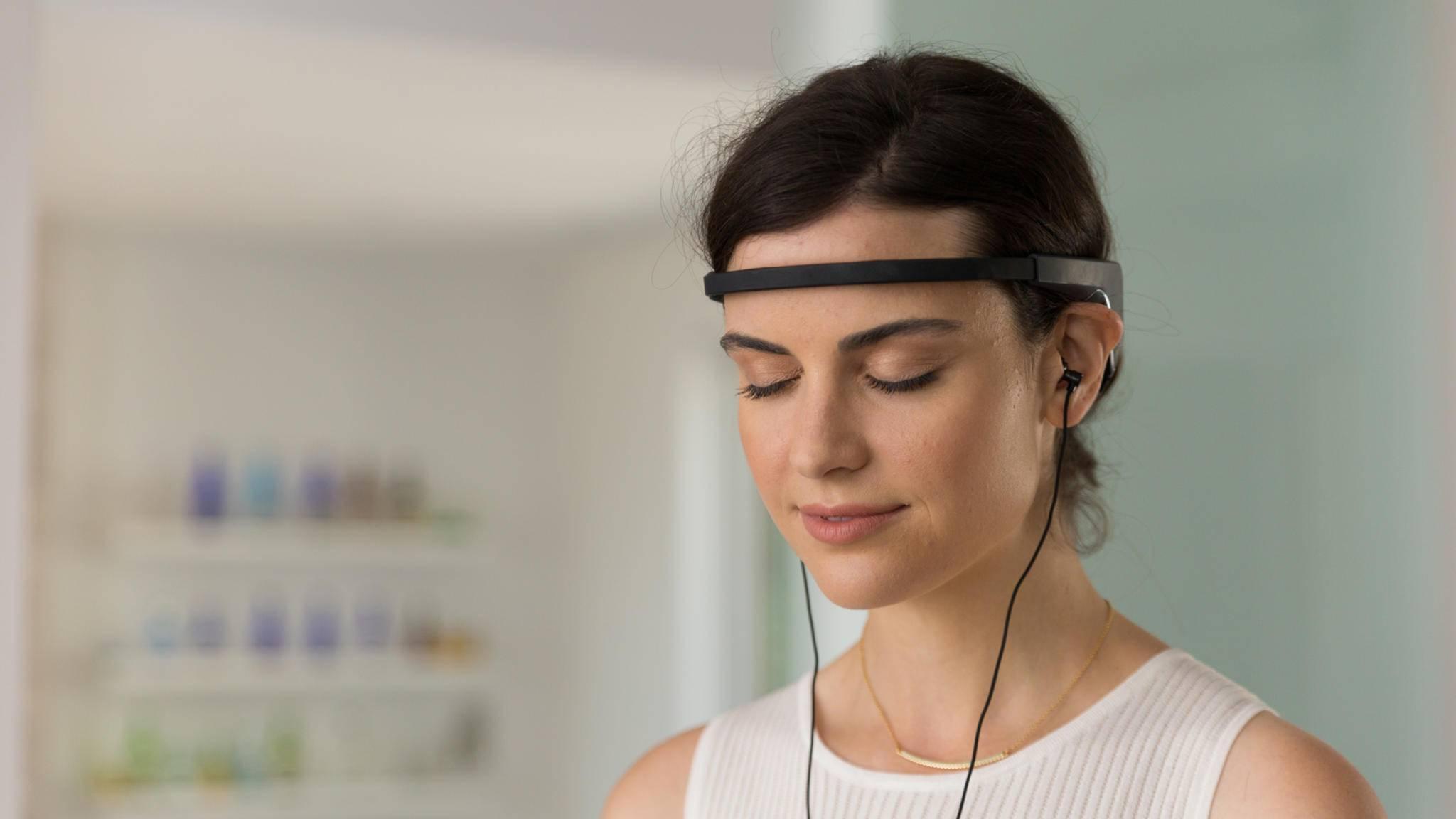 Das Headband Muse hilft seinem Träger beim Meditieren.