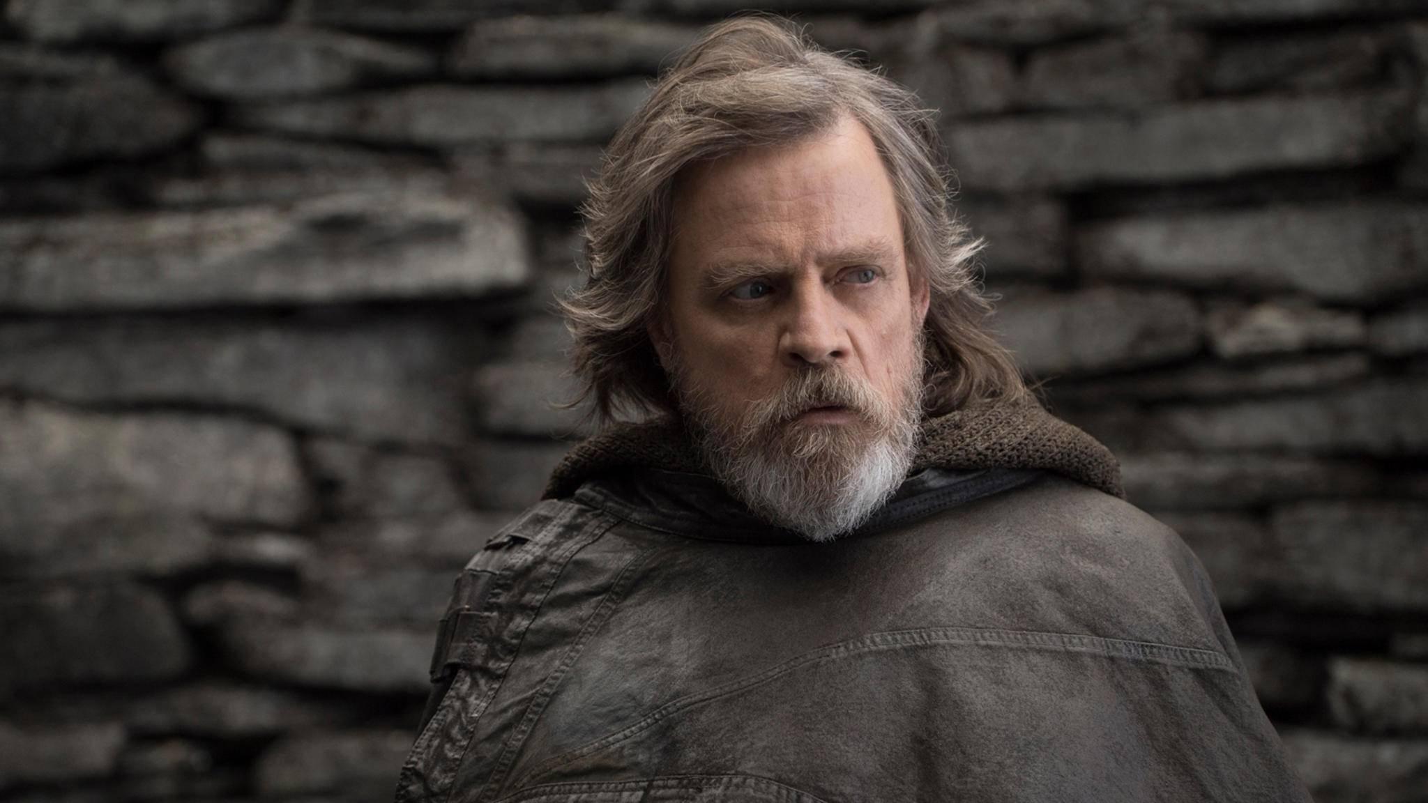 Luke Skywalker (Mark Hamill) zeigt sich in Episode 8 der Sternensaga stark verändert.
