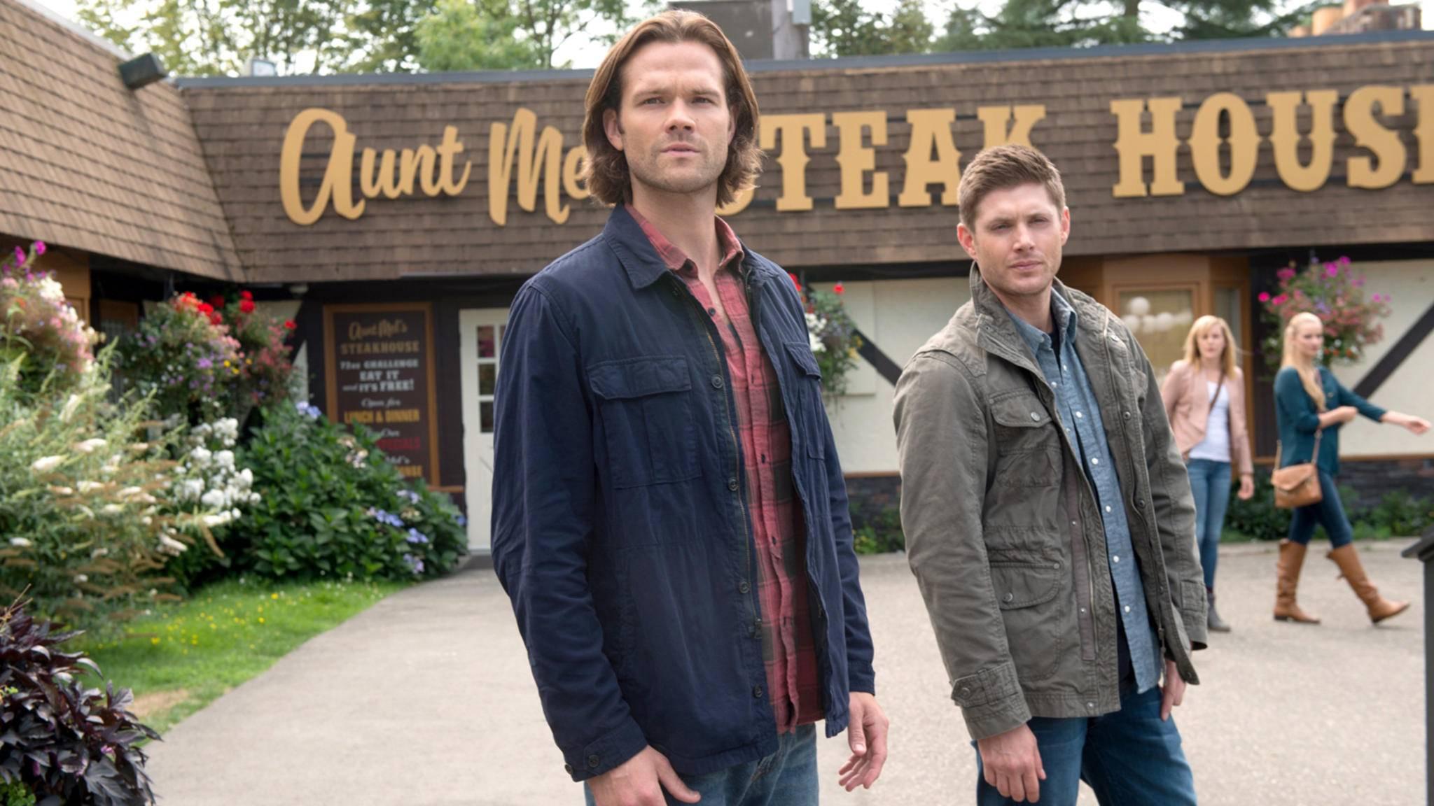 """Sam und Dean bekommen in Staffel 13 von """"Supernatural"""" doch wieder himmlische Unterstützung."""