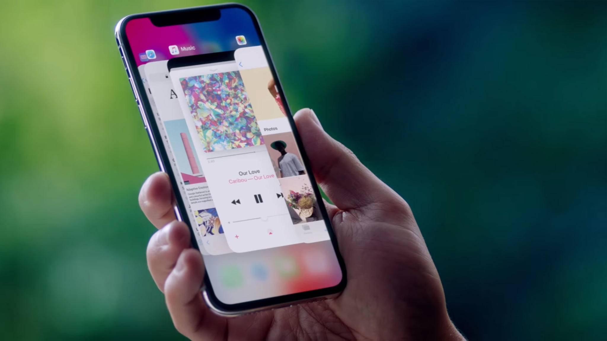 Das iPhone X setzt auf ein neues Screen-Design mit Kerbe.