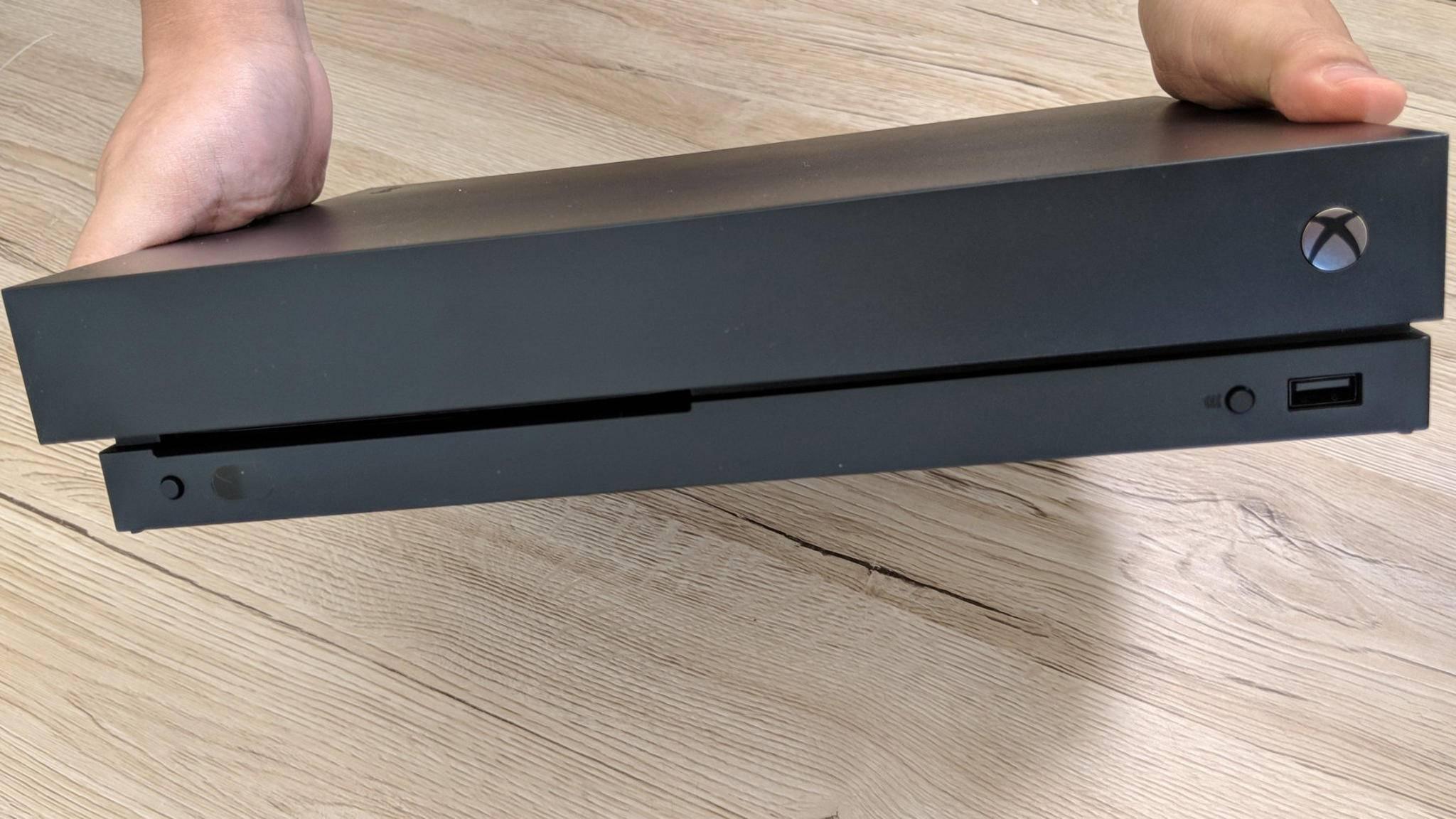 Xbox One X: Auch Besitzer eines QHD-Bildschirms bekommen ein natives Videosignal.