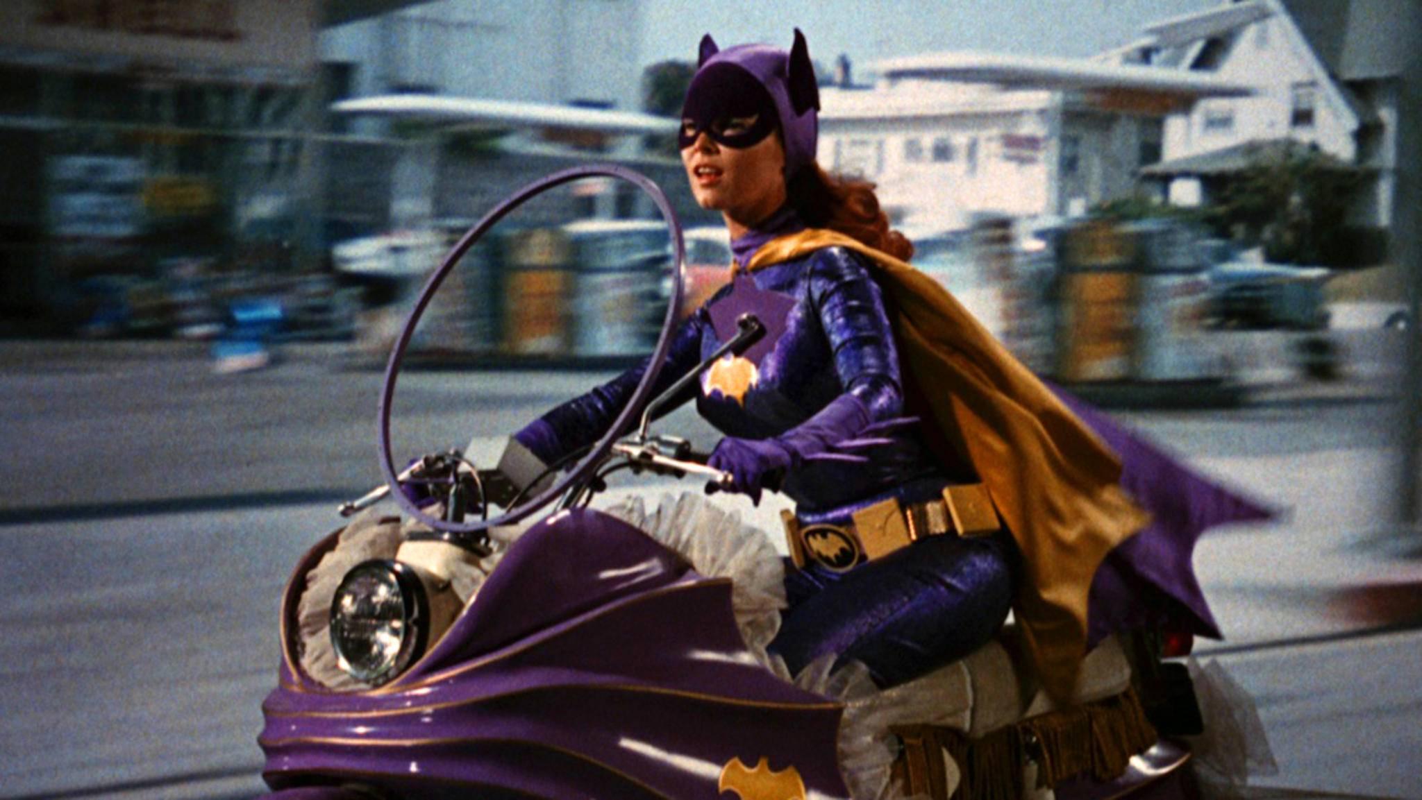 Batgirl ging einst im TV in Serie – Joss Whedon soll ihr nun zum Sprung auf die Leinwand verhelfen.