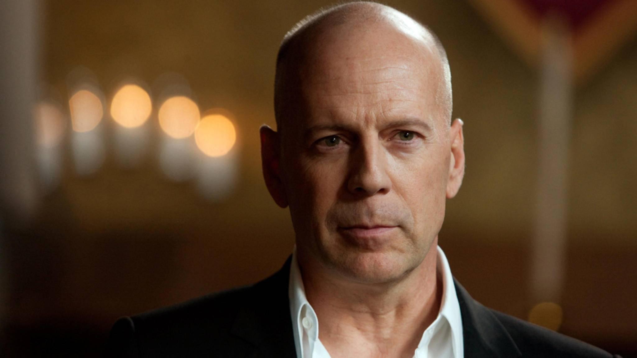 Als Actionheld ist Bruce Willis eine Legende, aber auch als er selbst stand er schon vor der Kamera.