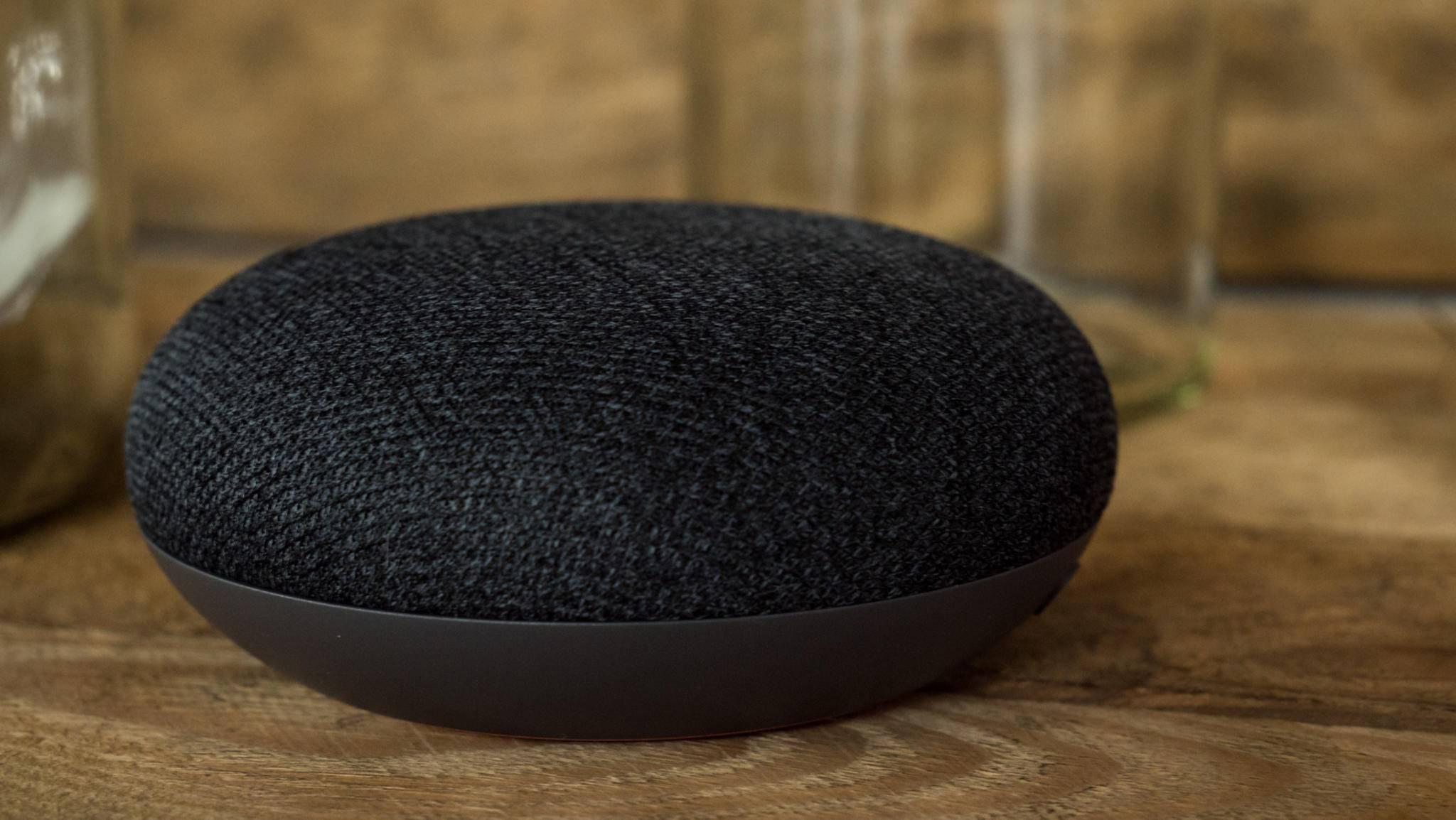 Google Home Mini verspricht vollen Funktionsumfang zum kleinen Preis.