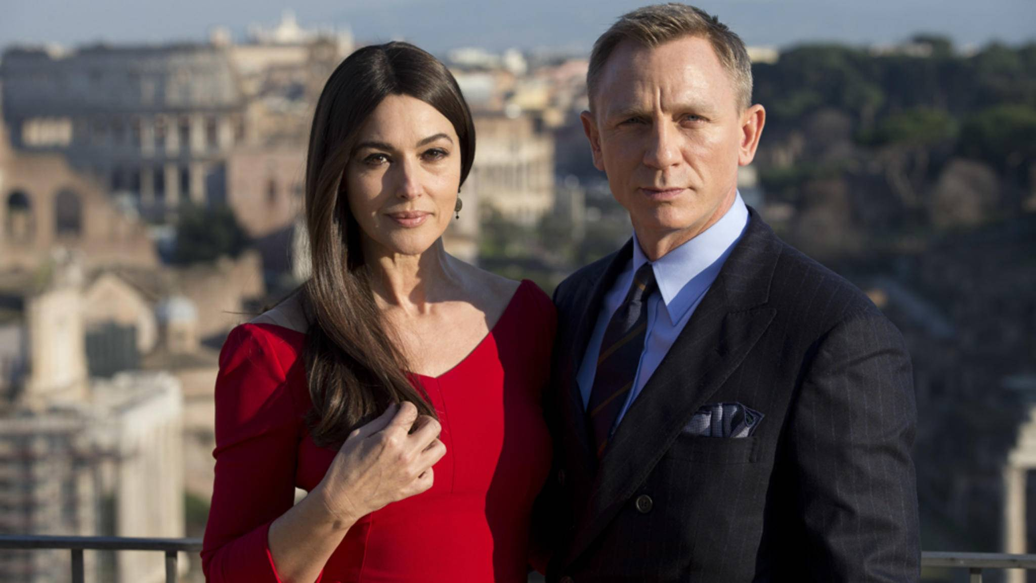 """Dürfen Fans Monica Bellucci und Daniel Craig in """"James Bond 25"""" wieder Seite an Seite bewundern?"""