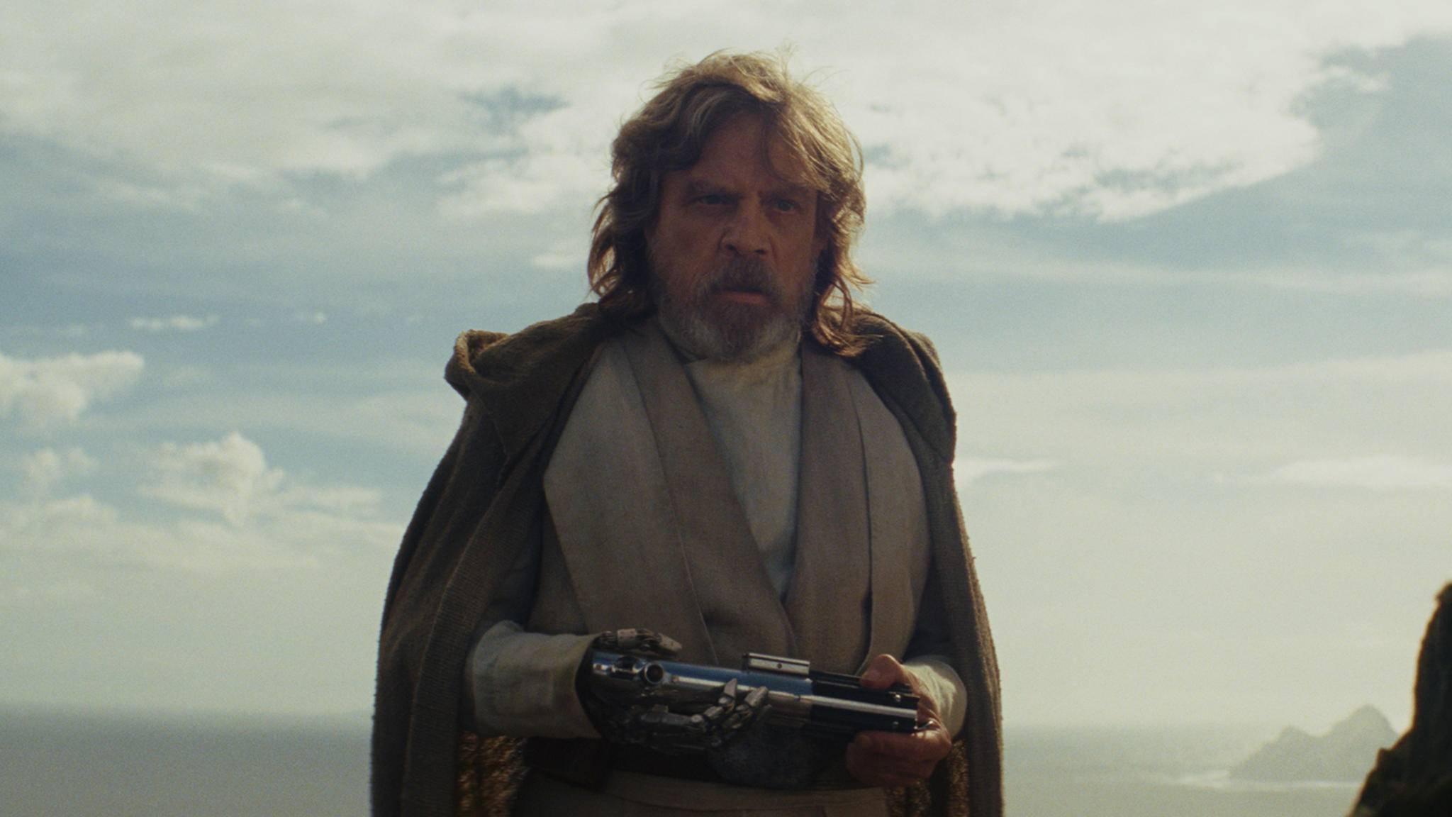 """Schon seit """"Das Imperium schlägt zurück"""" wird die rechte Hand von Lukas durch eine Roboterhand ersetzt."""