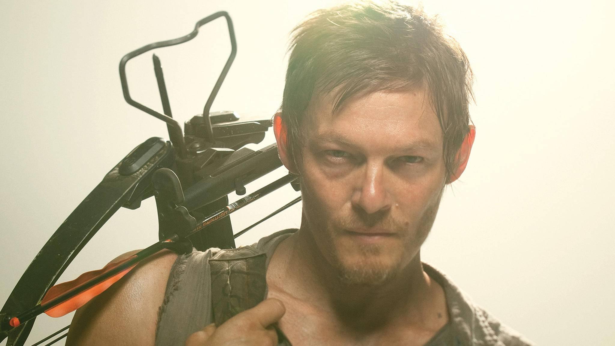 """Nicht nur in Sachen Haarschnitt hat sich zwischen Staffel 1 und Staffel 8 von """"The Walking Dead"""" bei Daryl Dixon einiges getan."""