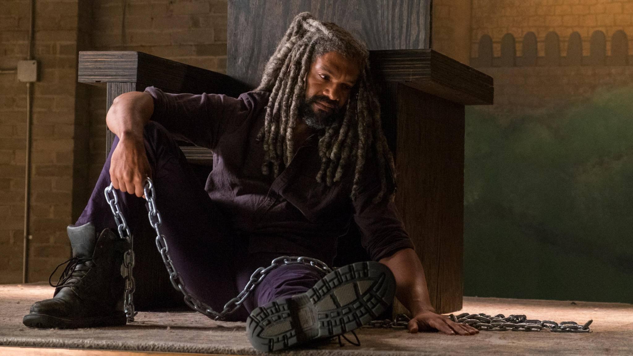 König Ezekiel ist nach den schweren Verlusten aus Episode 4 noch immer am Boden zerstört.