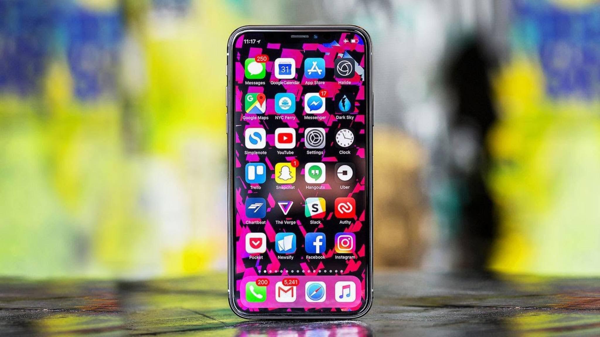 Bei einigen Besitzern des iPhone X knackt es aus den Lautsprechern.