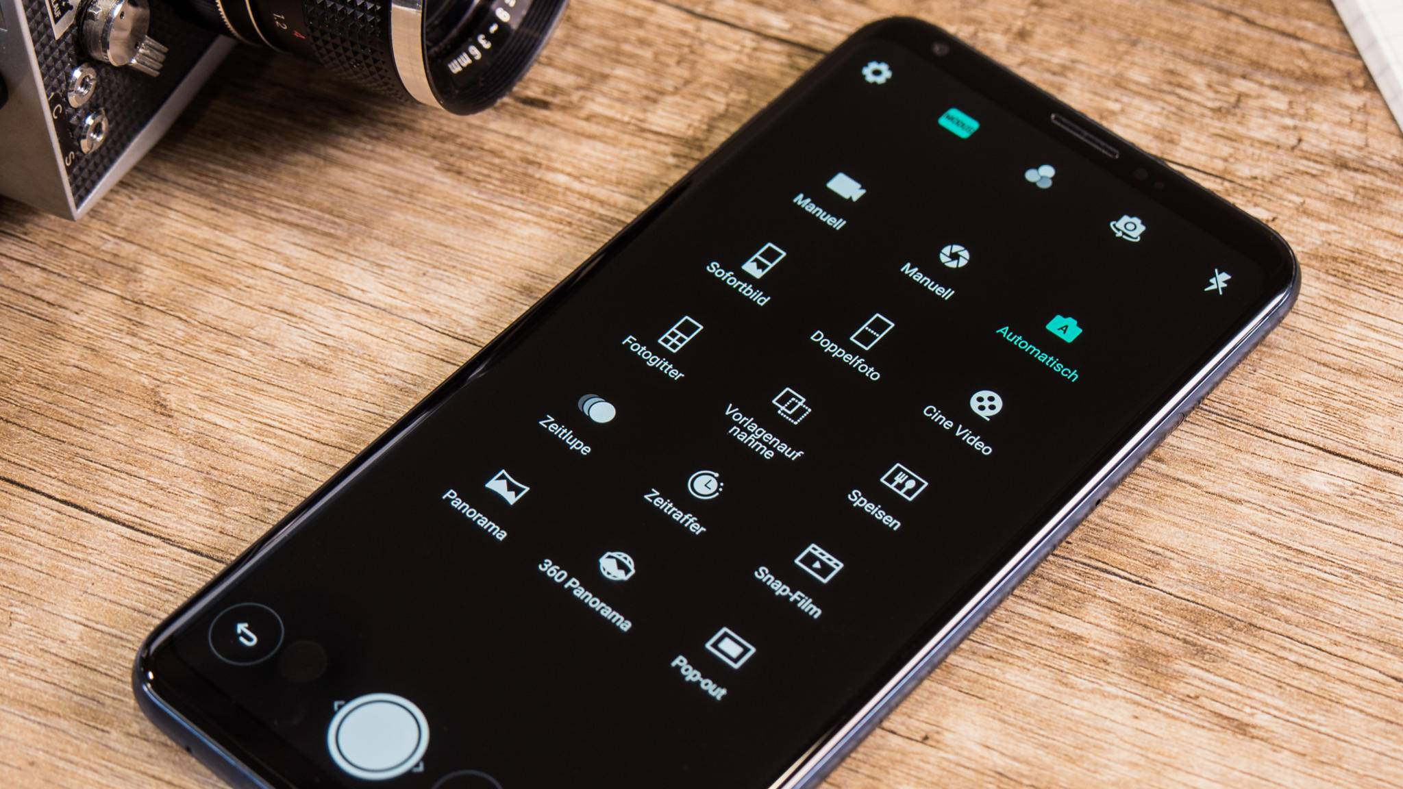 Nicht nur das Kameramenü des LG V30 bietet viele Optionen.