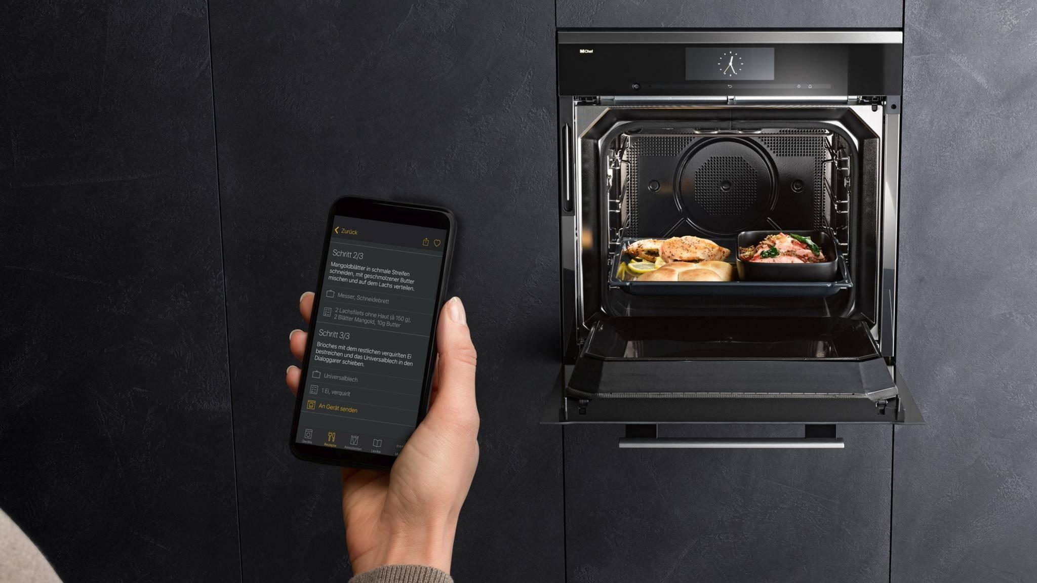 Der Smart-Backofen Dialoggarer von Miele setzt für das Erwärmen von Speisen auf eine völlig neue Technologie.