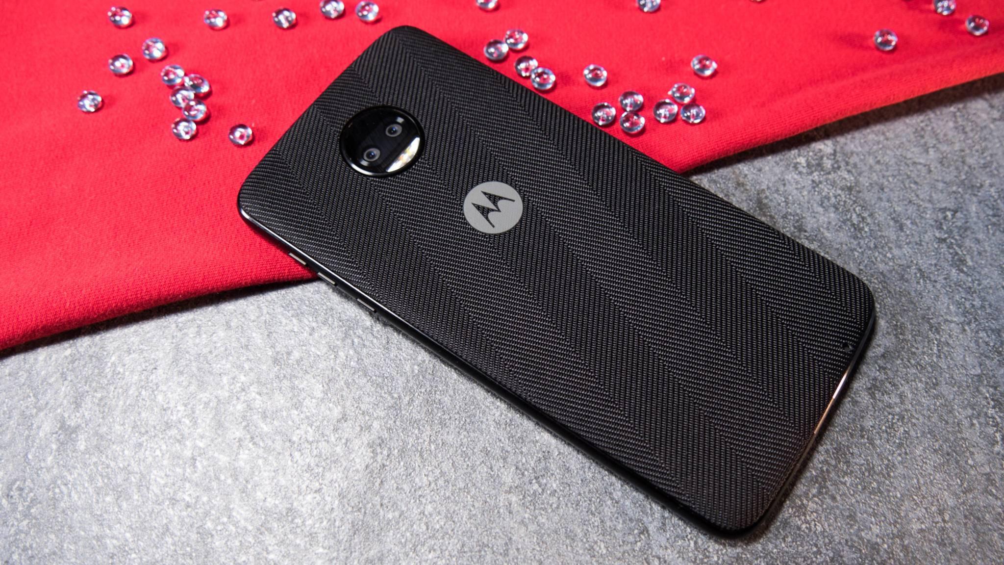 Auch die Rückseite wirkt mit aufgesetzter Style Shell unspektakulär.