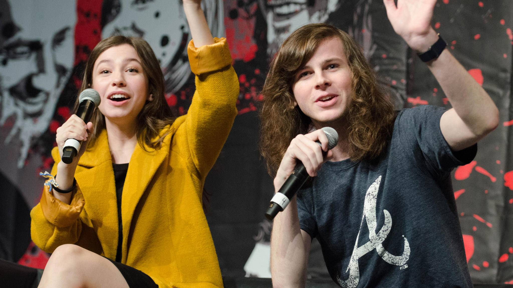 """Auch Carl und Enid aka Chandler Riggs und Katelyn Nacon werden bei der """"Walker Stalker Con"""" in London dabei sein."""