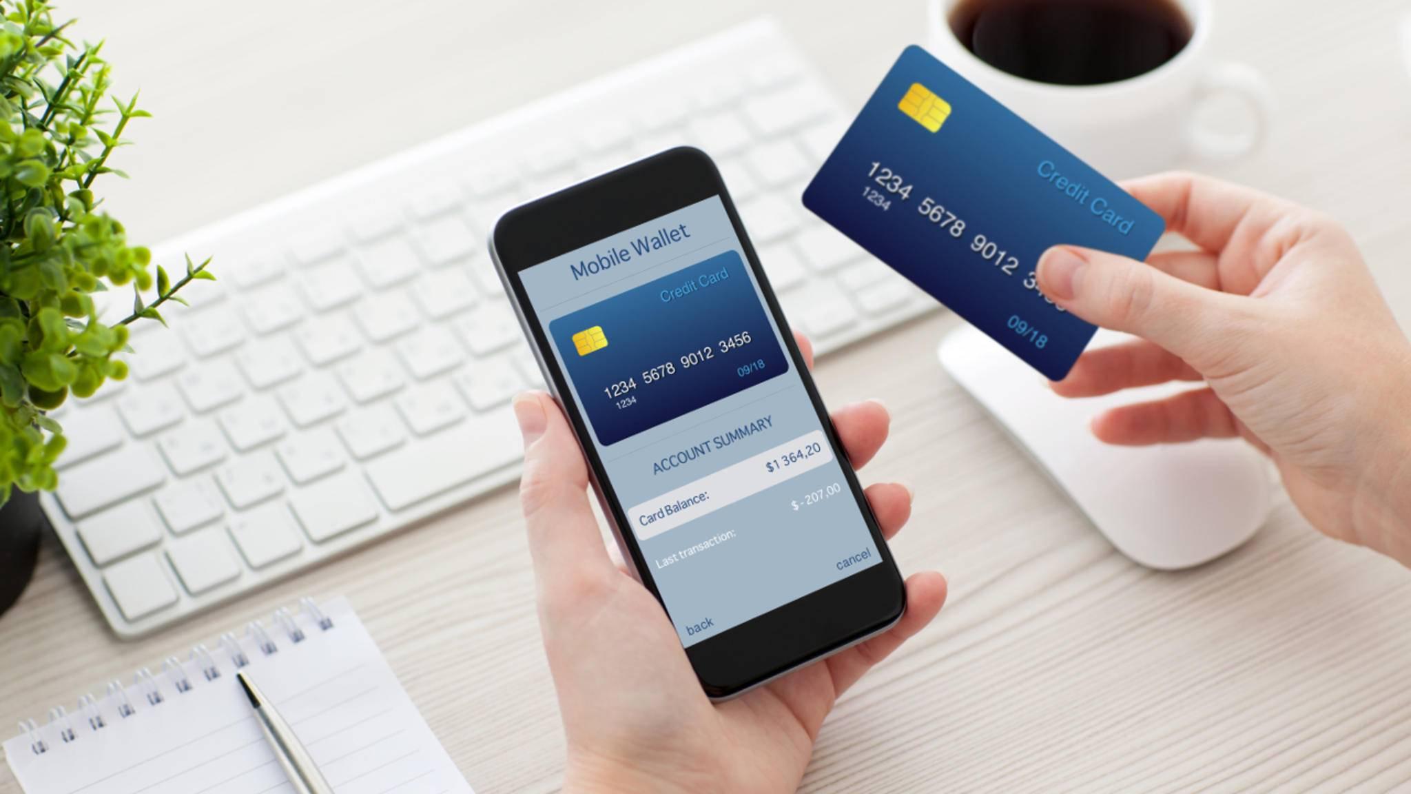 Mit der Wallet-App kannst Du Kino- oder Bordkarten einfach digital auf dem iPhone vorzeigen,