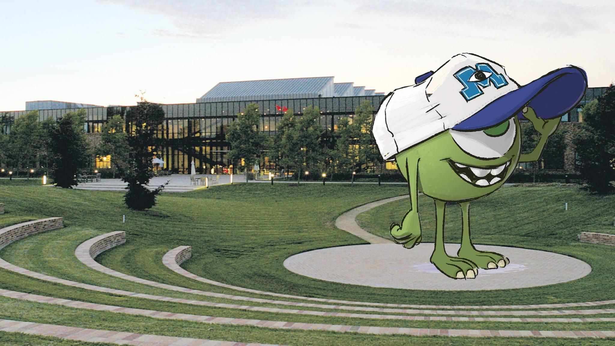 Das Amphitheater des Campus lädt zum Relaxen und Ideenaustausch ein.