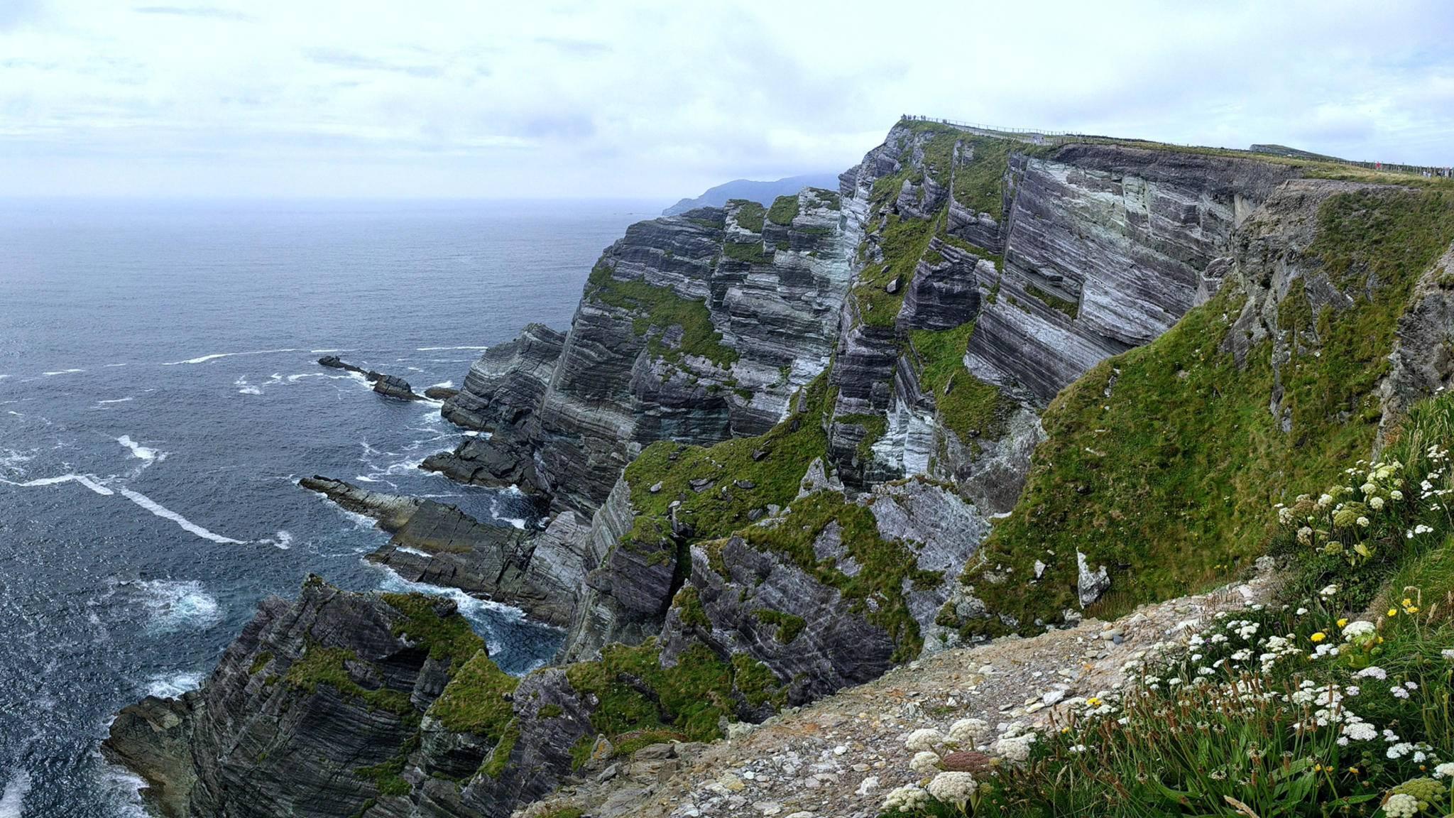 Als Schauplatz für den Planeten Ahch-To diente die irische Insel Skellig Michael.
