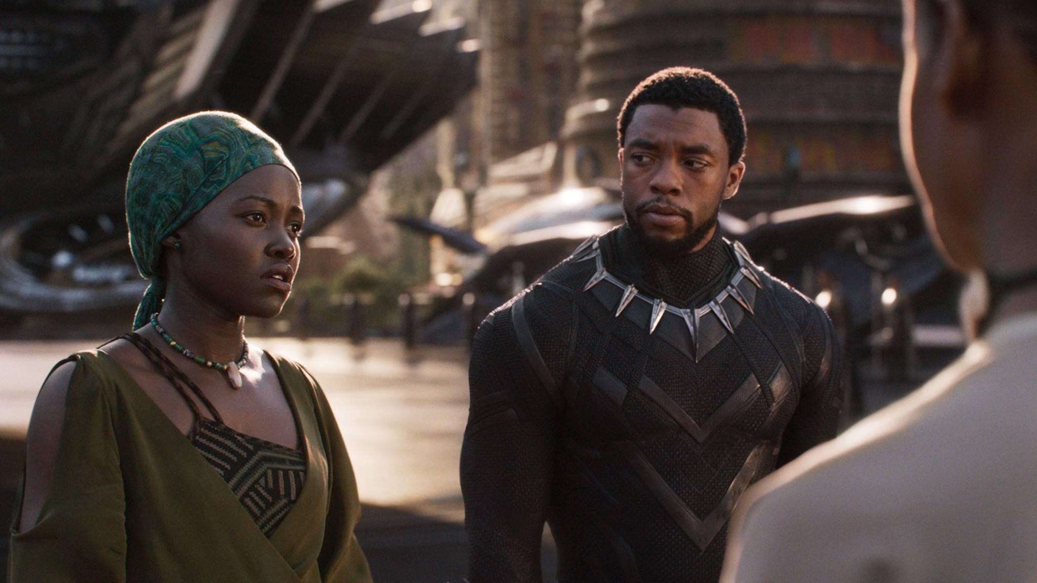 Die Kostüme von Black Panther und anderen Helden haben oftmals eine verborgene Bedeutung.