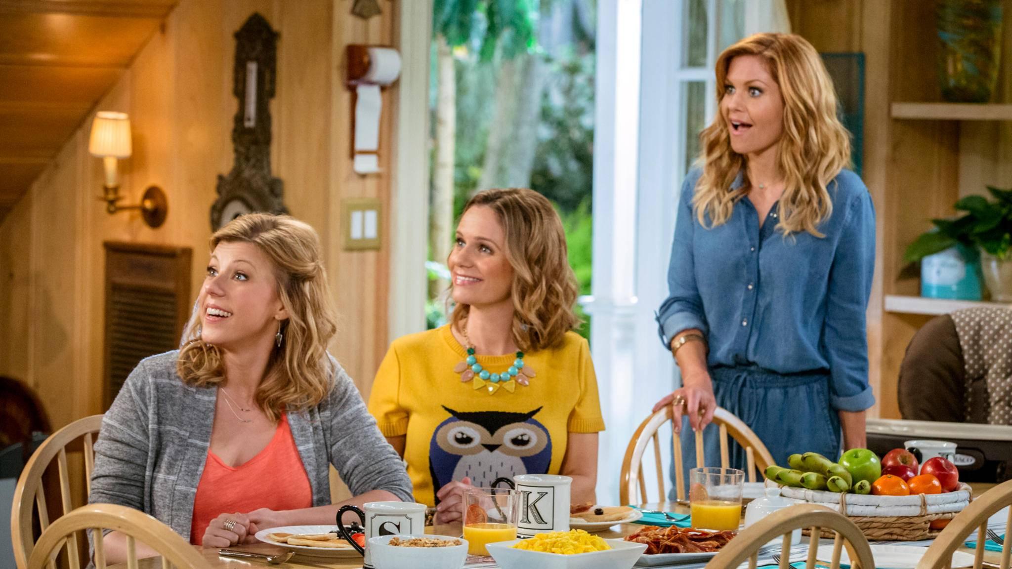 Grund zur Freude: Steph, Kimmy und D.J. kehren für eine vierte Staffel zurück.