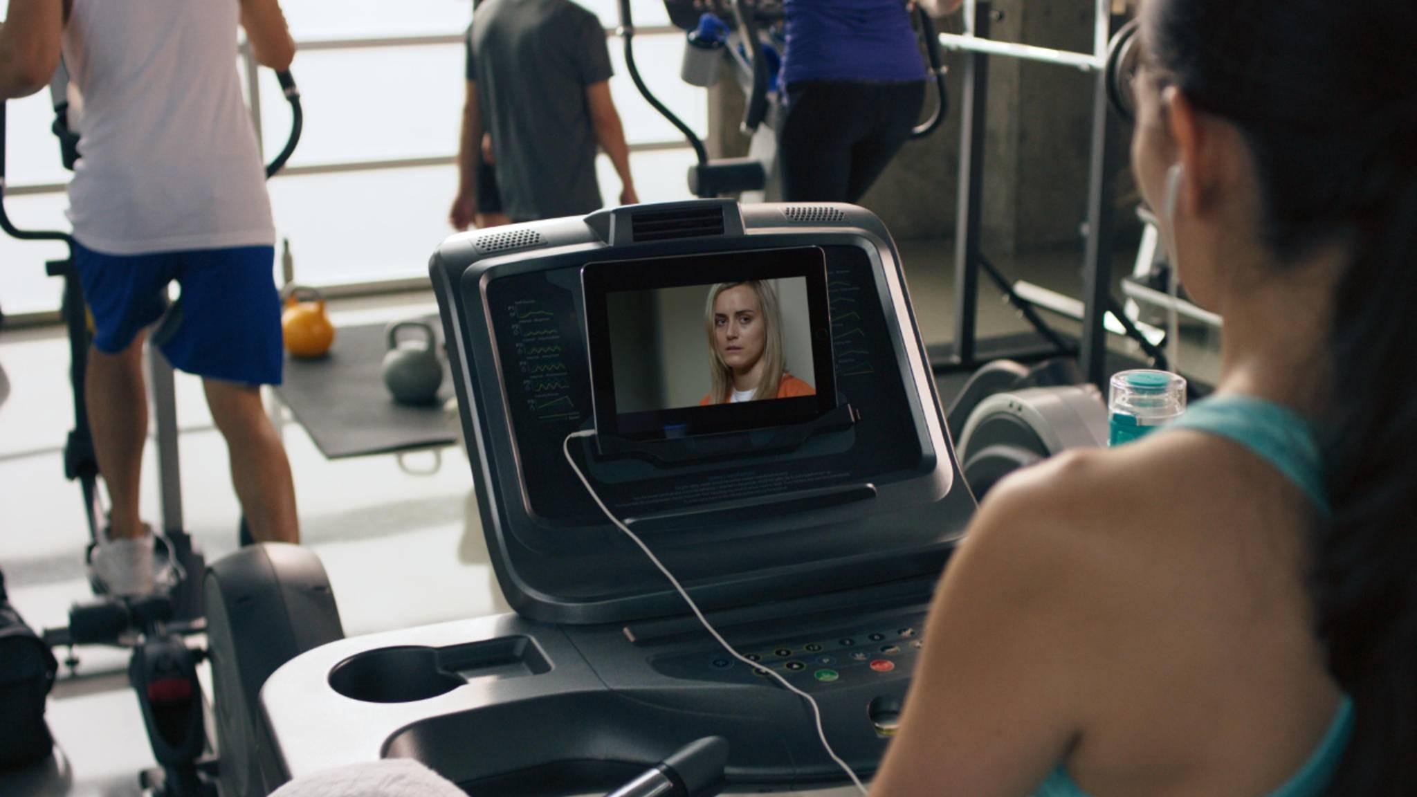 Gerade für Orte wie das Fitnessstudio ist der Download von Netflix-Serien sehr praktisch.