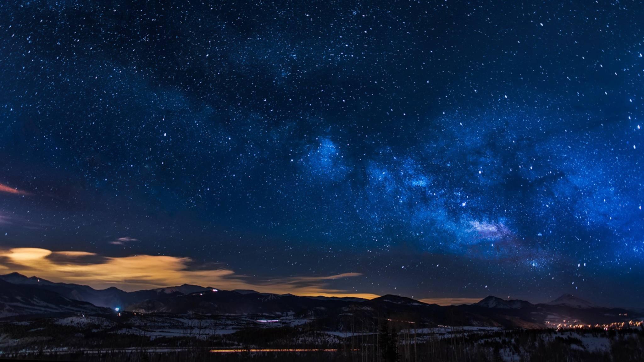 Vom Sternenhimmel geht ein ganz besonderer Zauber aus. Lerne hier, wie Du ihn auf ein Foto bannst.