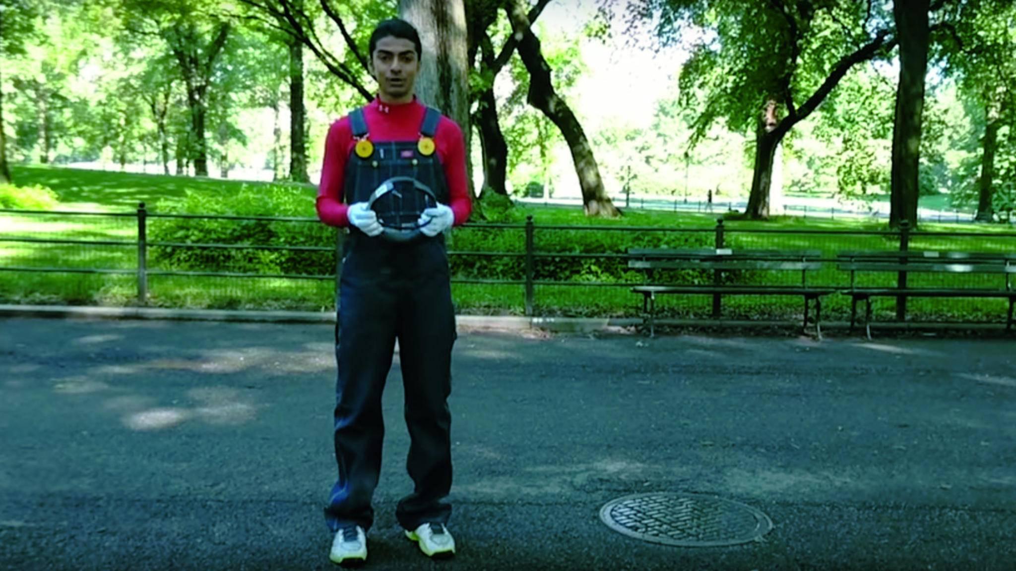 """""""Super Mario Bros."""" in AR und mehr: Abhishek Skingh begeistert mit seinen Erfindungen."""