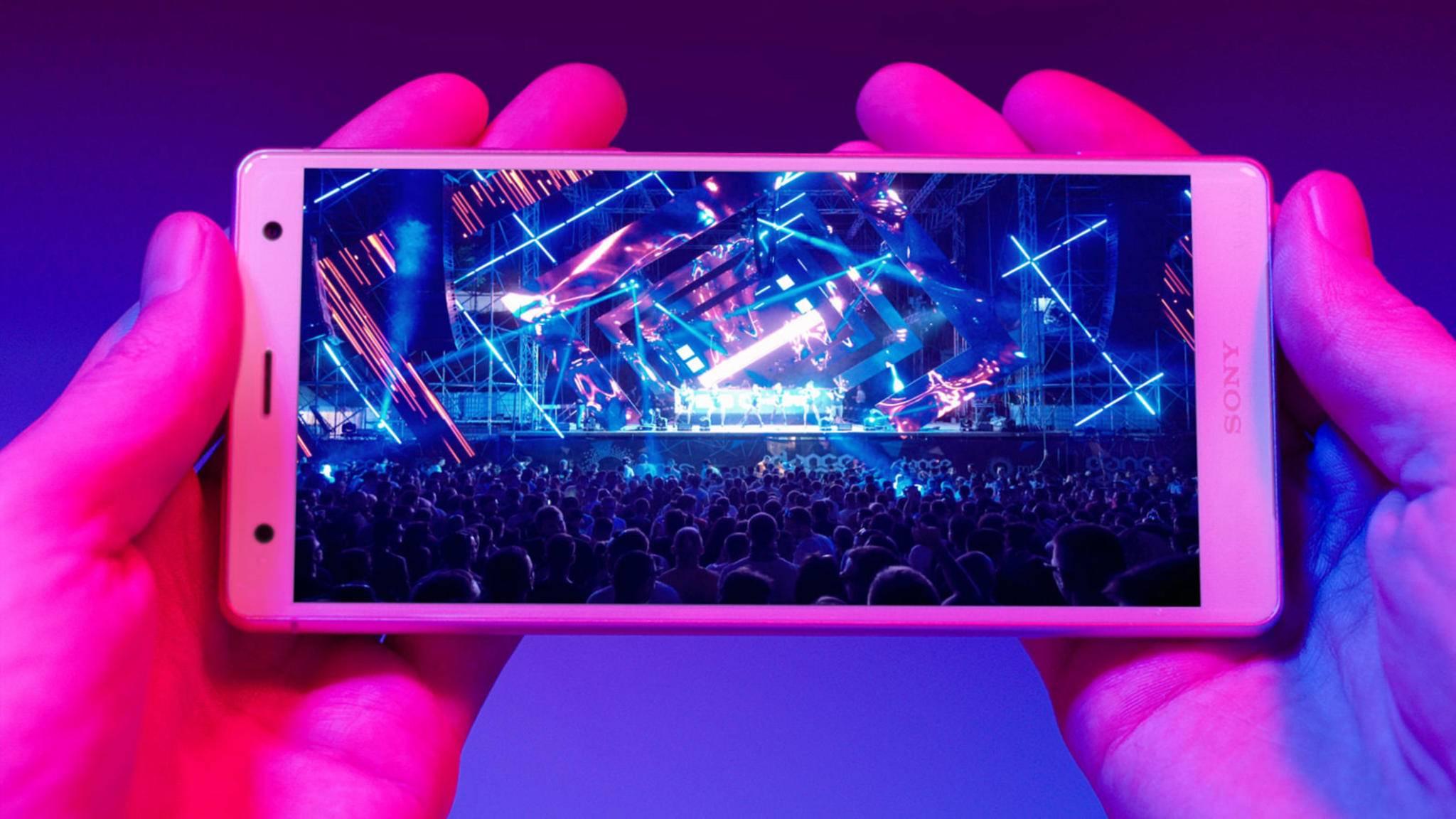Das Xperia XZ2 hält offensichtlich länger durch als iPhone X, Galaxy S9 und Co.