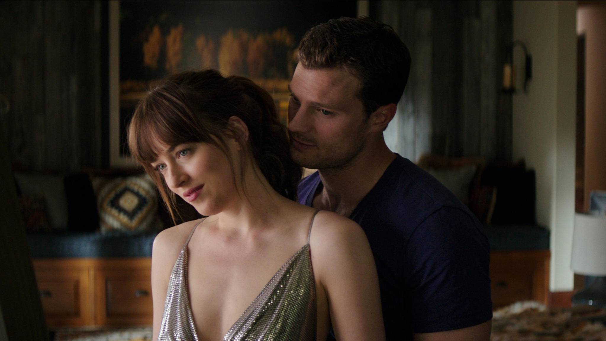 Ein weiterer Höhepunkt: Ana und Christian locken weltweit die Massen ins Kino.