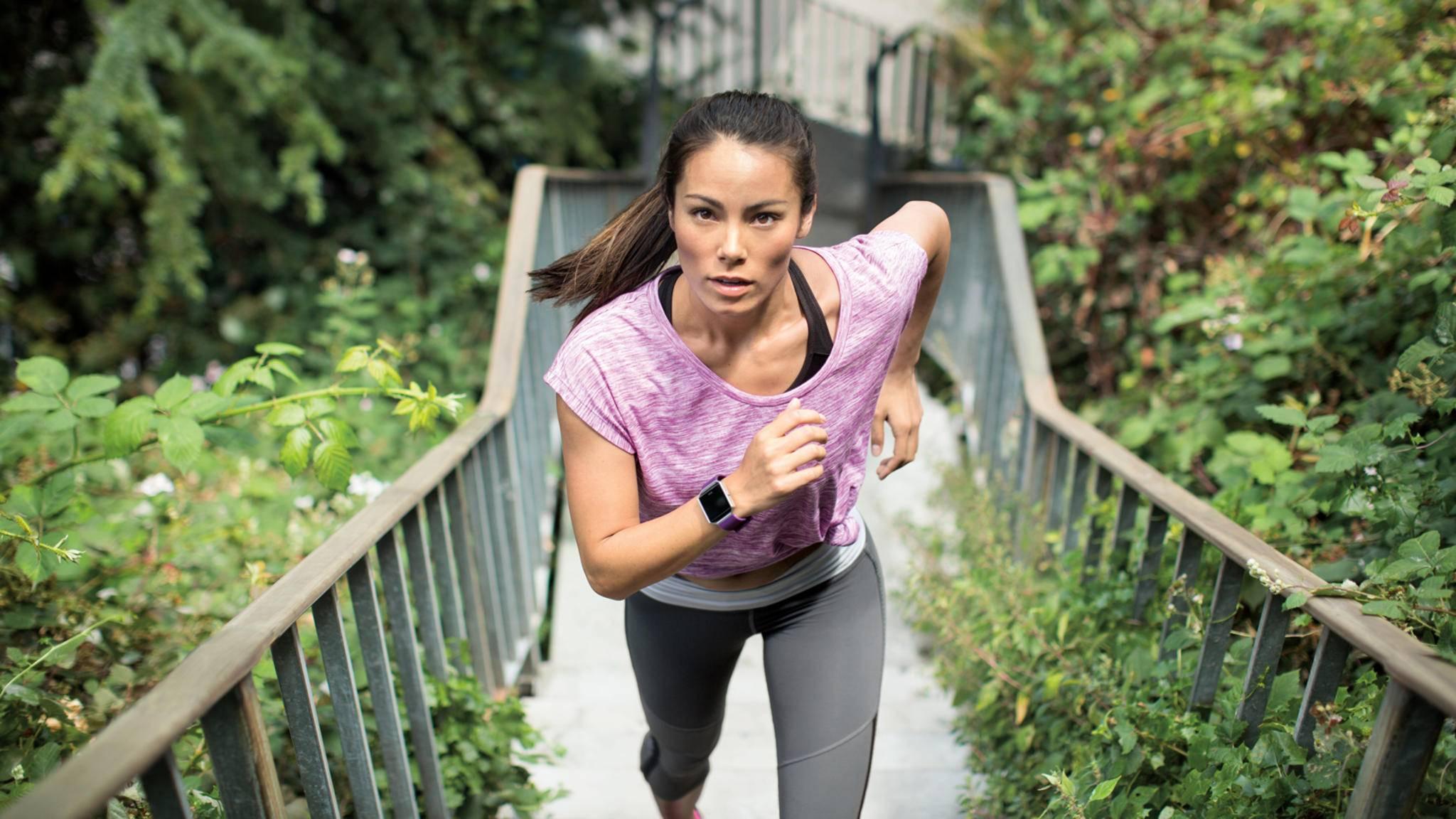 Egal welchen Fitness-Tracker Du wählst, diese Schritte solltest Du beachten.