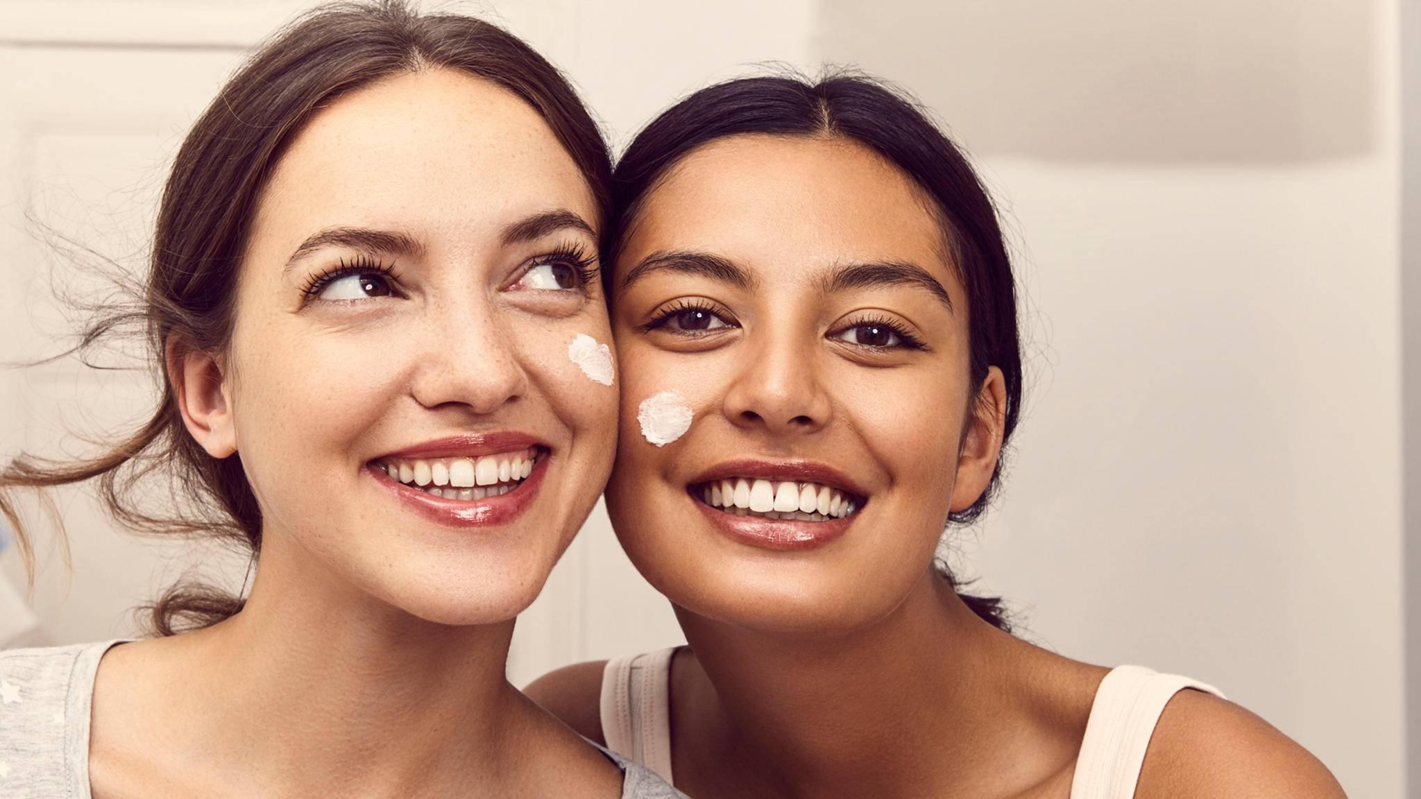 Die perfekt auf den Hauttyp abgestimmte Pflege? Dabei soll eine KI weiterhelfen.