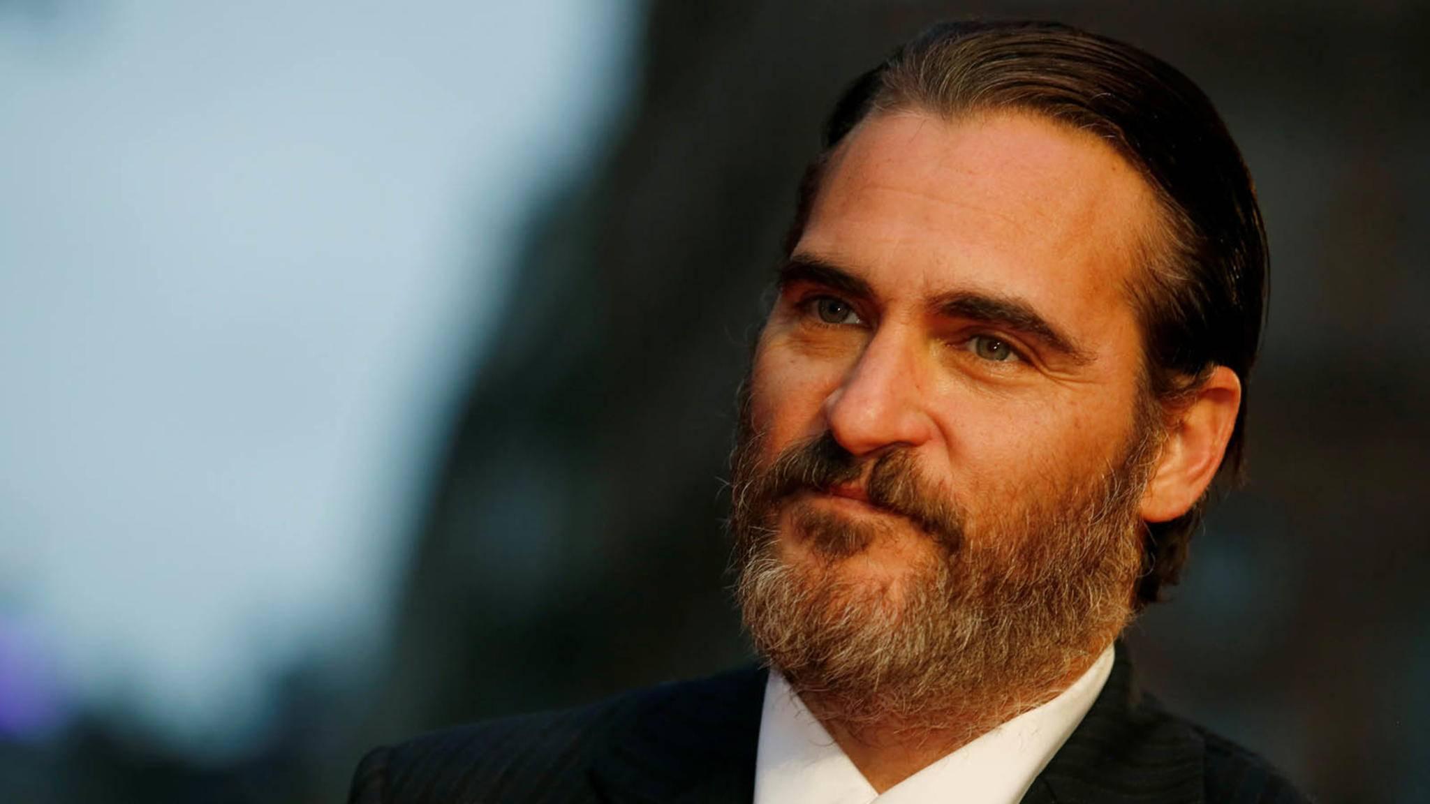 """Wer zuletzt lacht, lacht am besten! Joaquin Phoenix hat endlich den """"Joker""""-Deal abgeschlossen."""