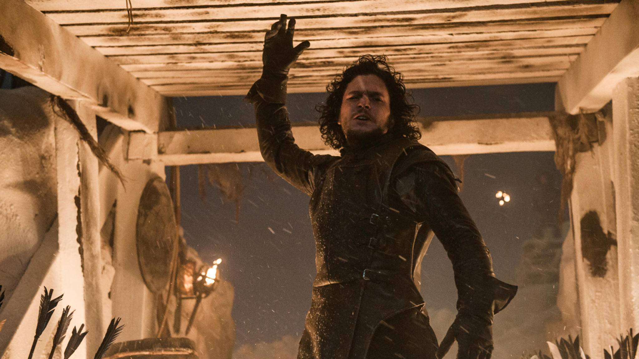 Jon Snow und die Nachtwache beschützen die Mauer.