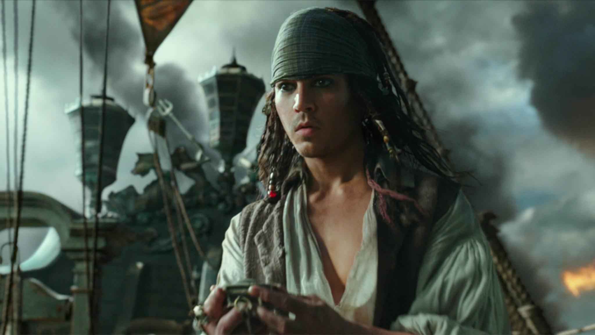 """Jugendlich wie zu Zeiten von """"21 Jump Street"""": Johnny Depp in """"Pirates of the Caribbean 5""""."""