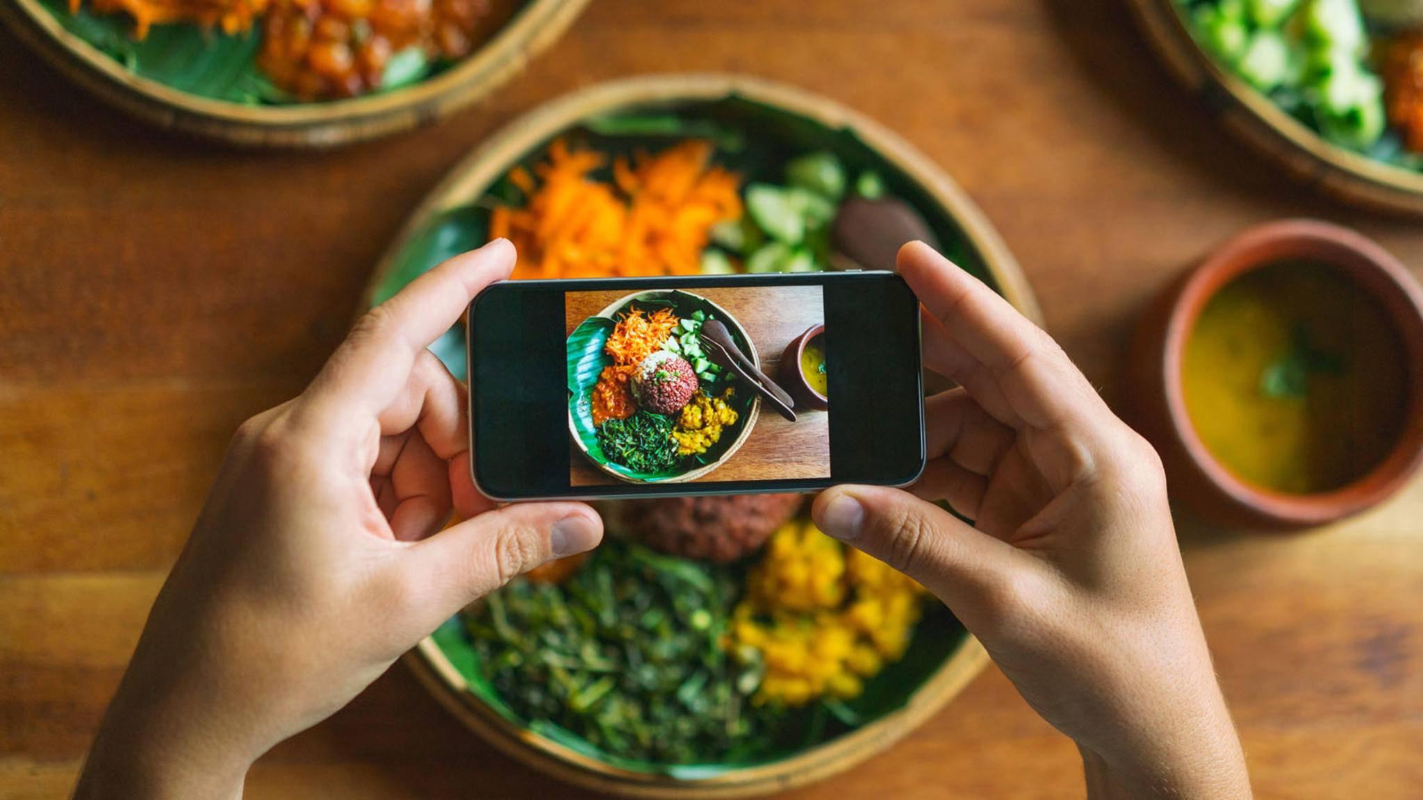 In Zukunft könnte eine App dabei helfen, Lebensmittelvergiftungen zu verhindern.