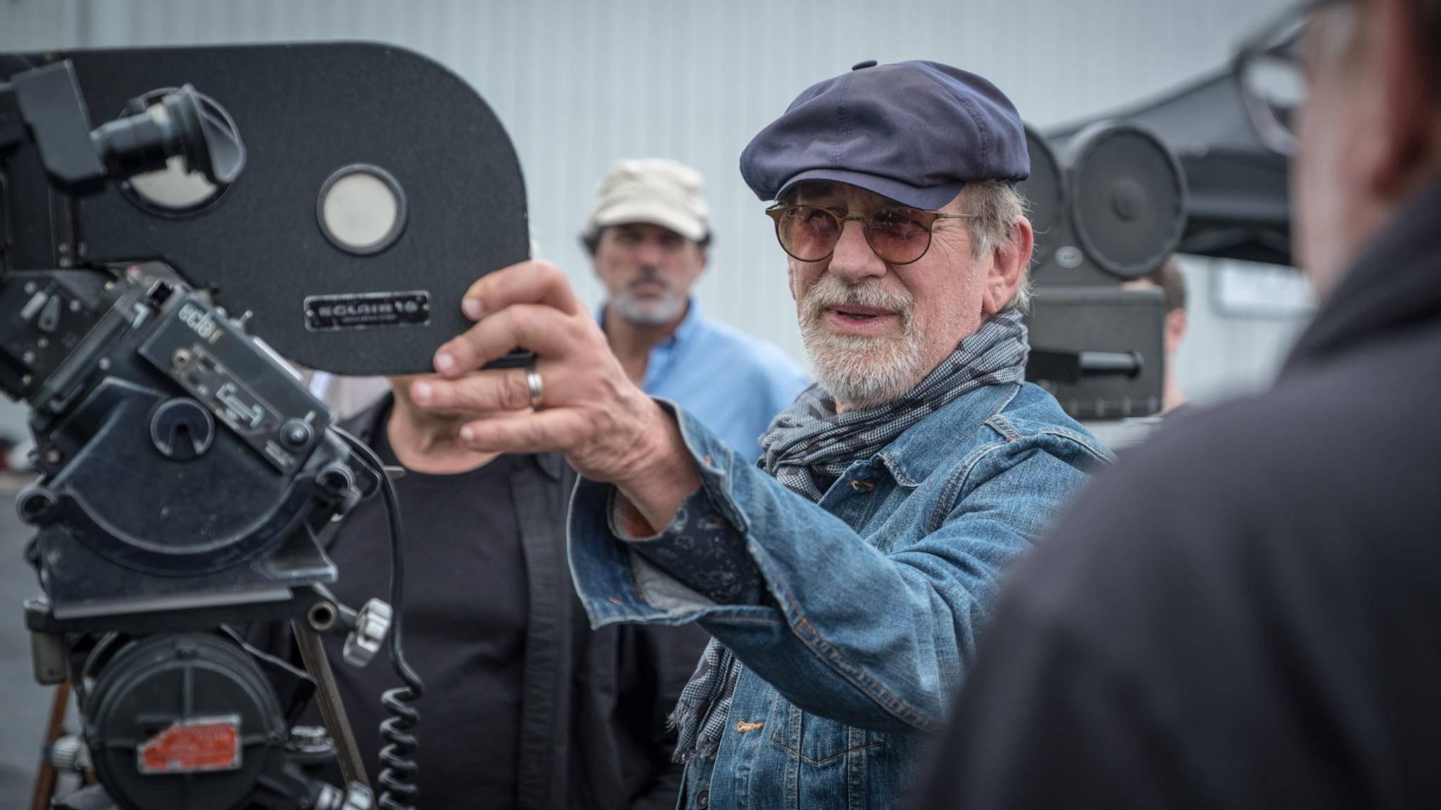 Steven Spielberg beweist Vielseitigkeit in seiner Filmografie.