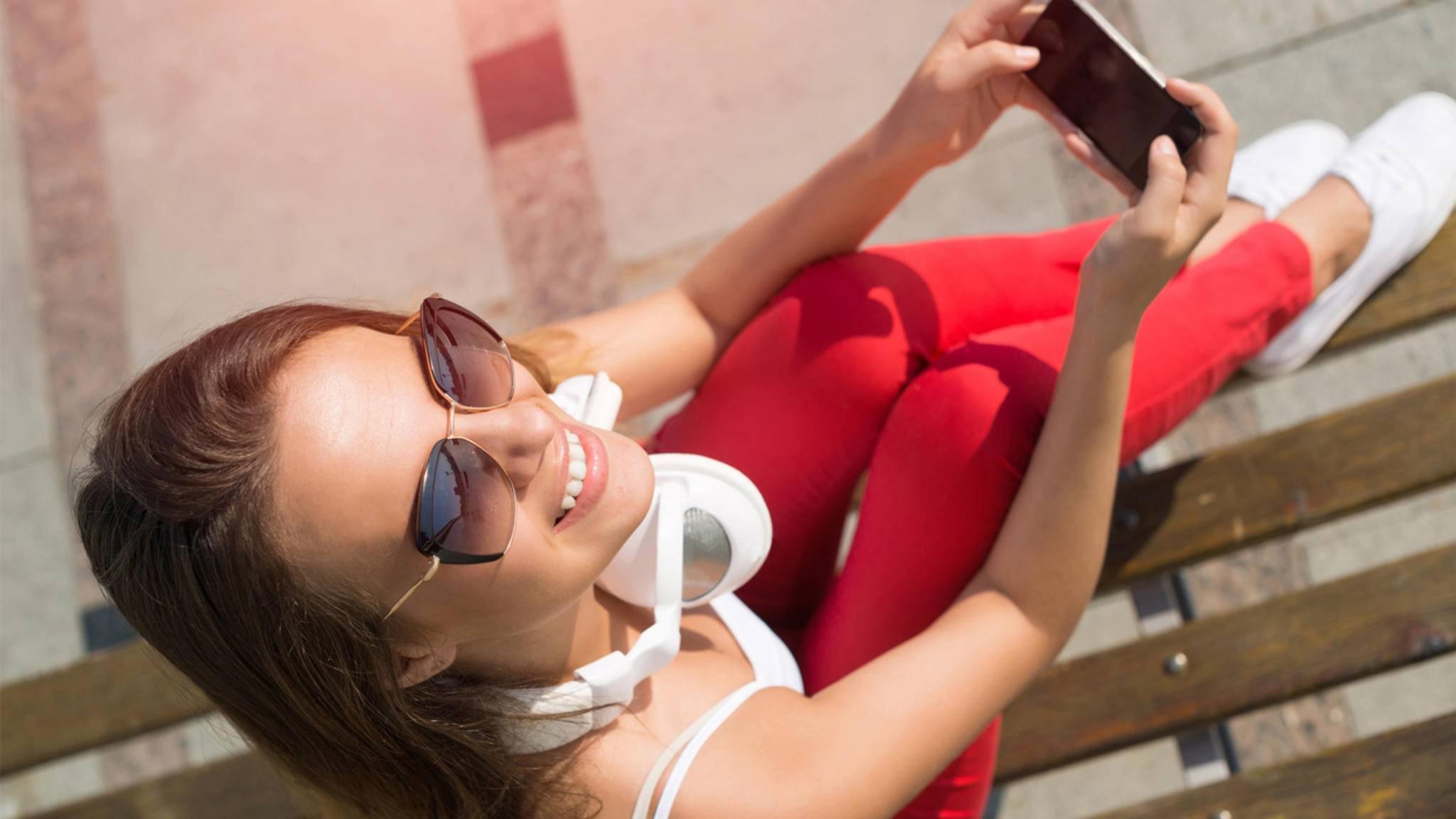 Schicke Deine Freunde mit einem lieben WhatsApp-Gruß ins Wochenende!
