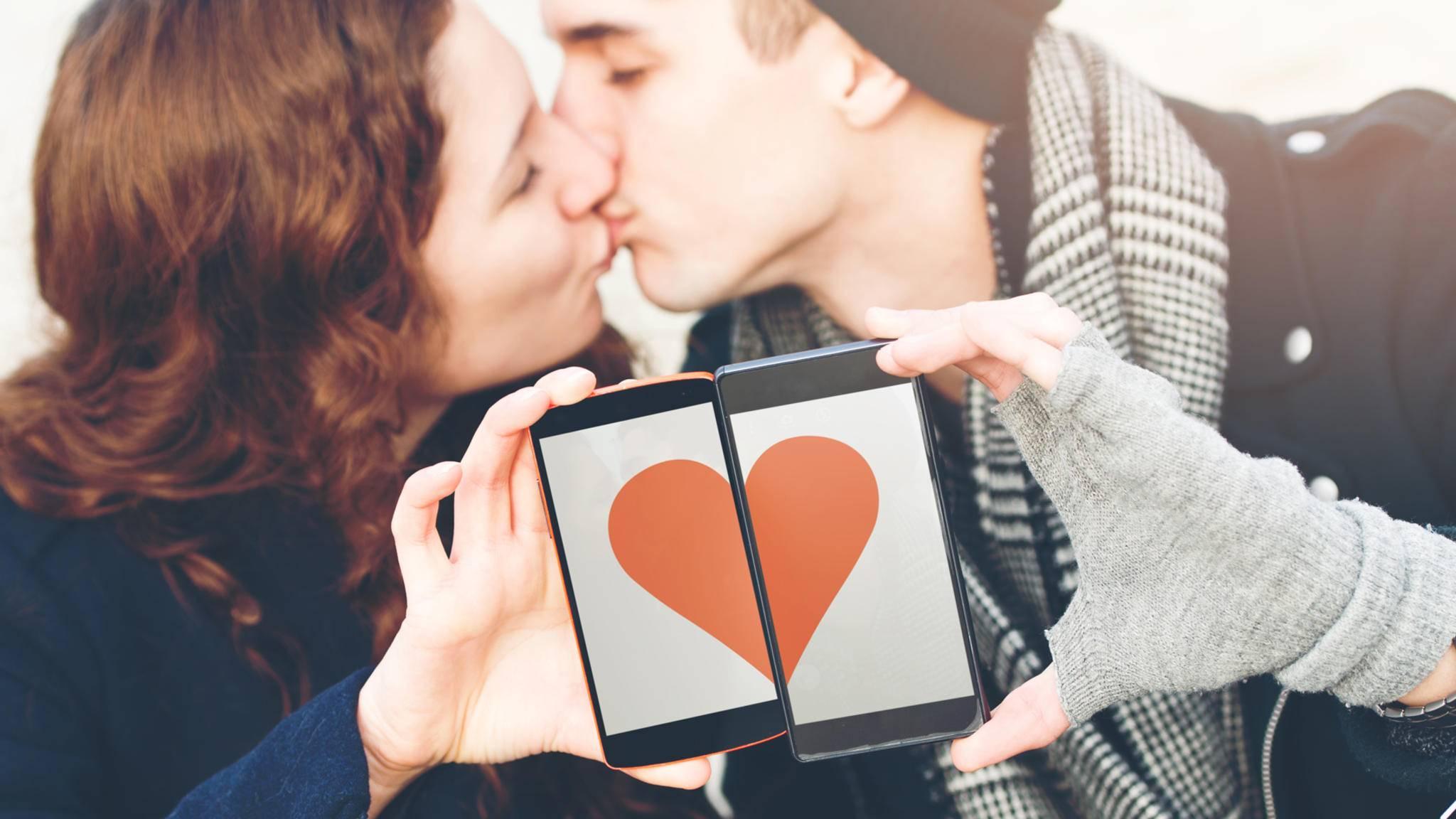 Liebe kann am Valentinstag auch durch Technik gehen – wenn man das richtige Geschenk parat hat.
